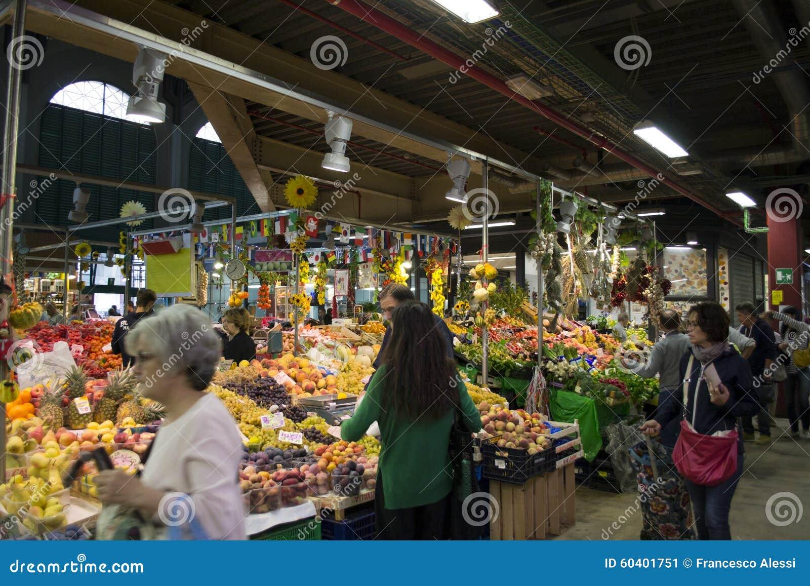 Fruit en plantaardige winkel