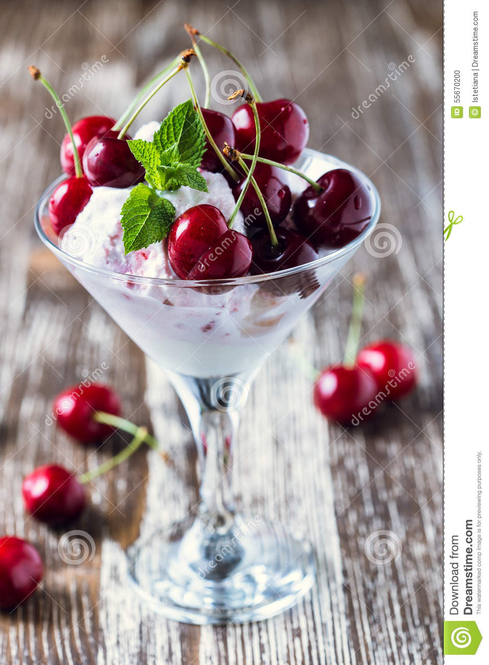 Dessert In A Wine Glass Recipes