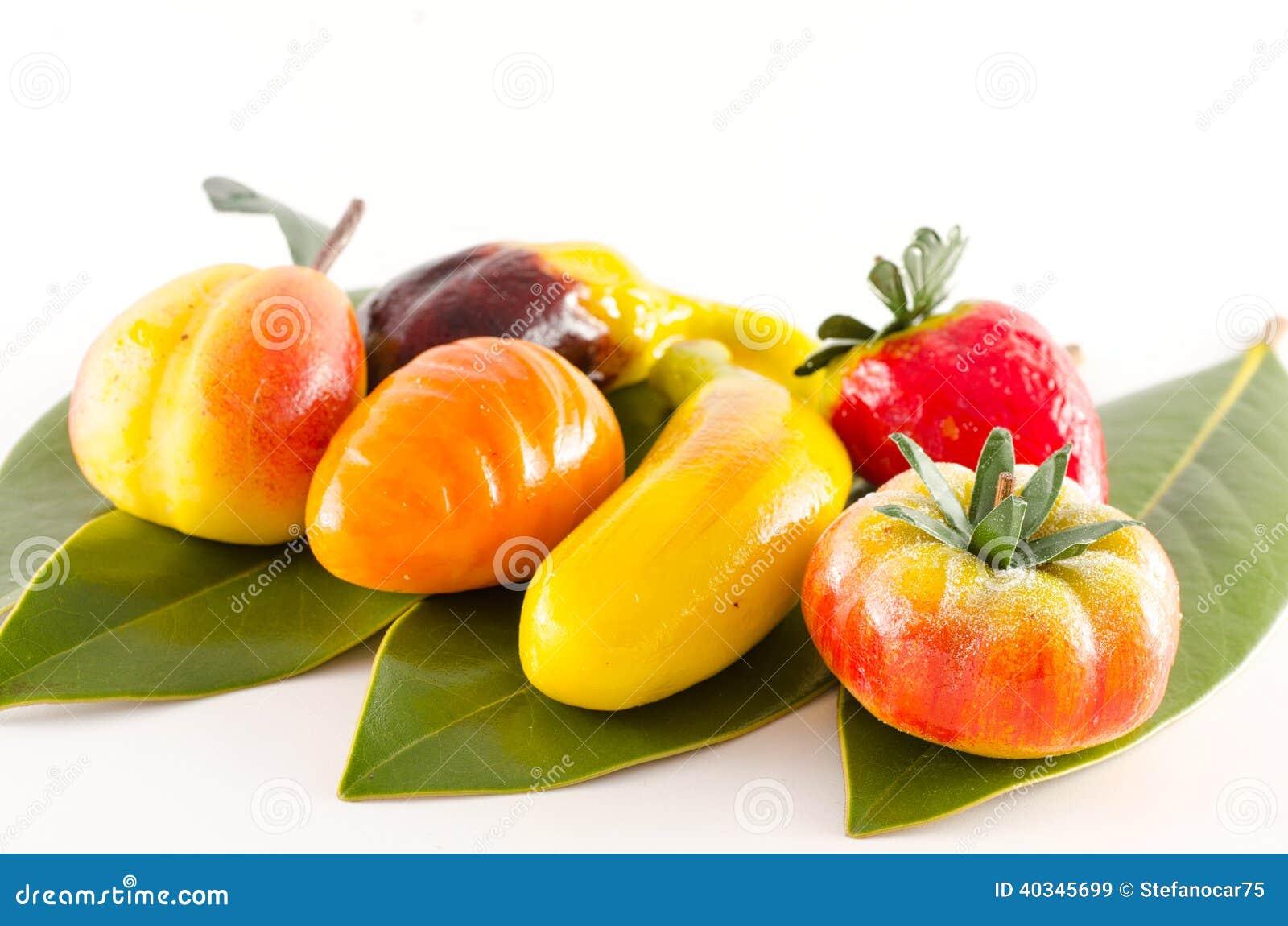 Fruit italien traditionnel de pâtisserie formé