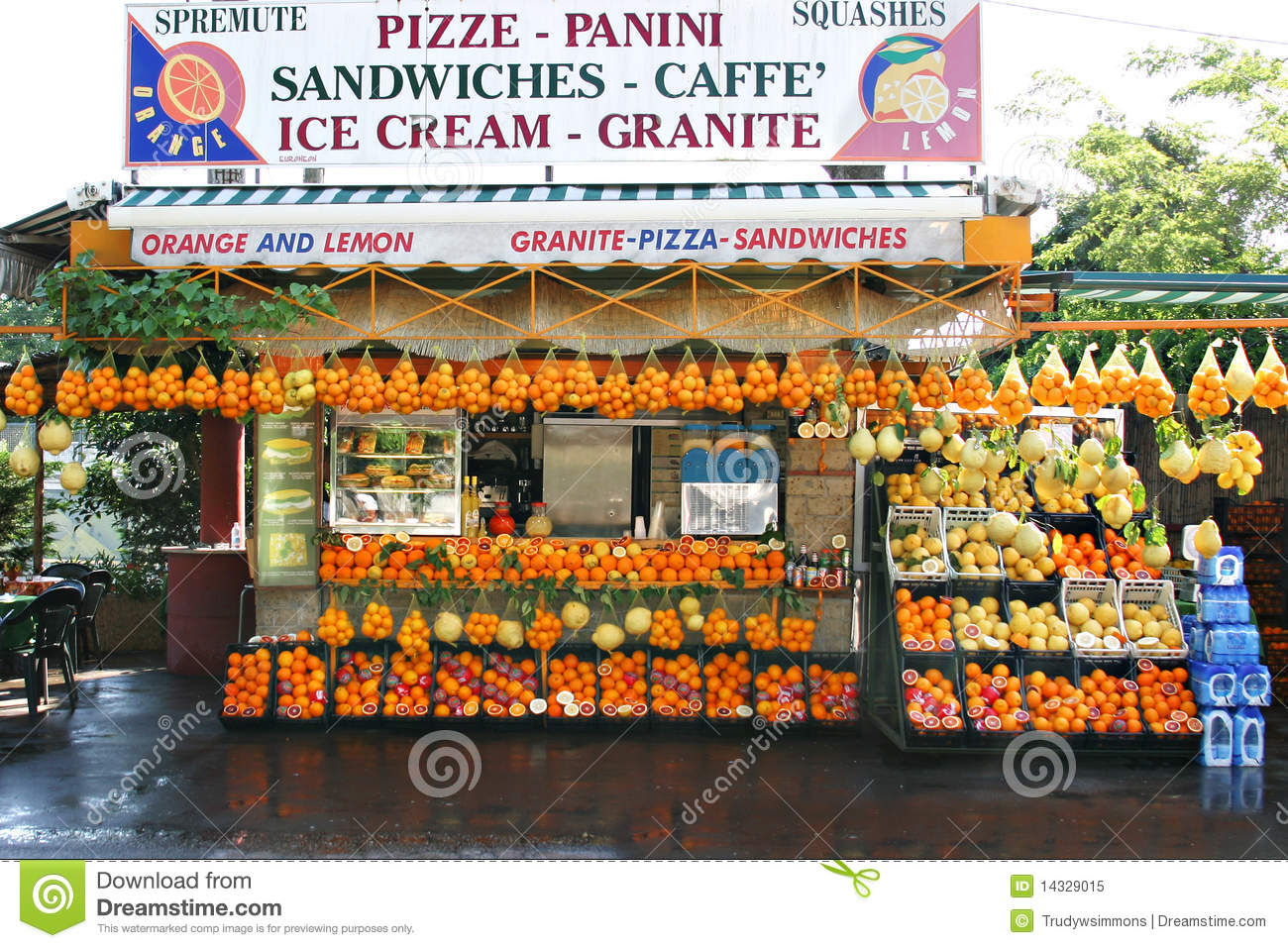 Fruit and Sandwich Stand, Southern Italy