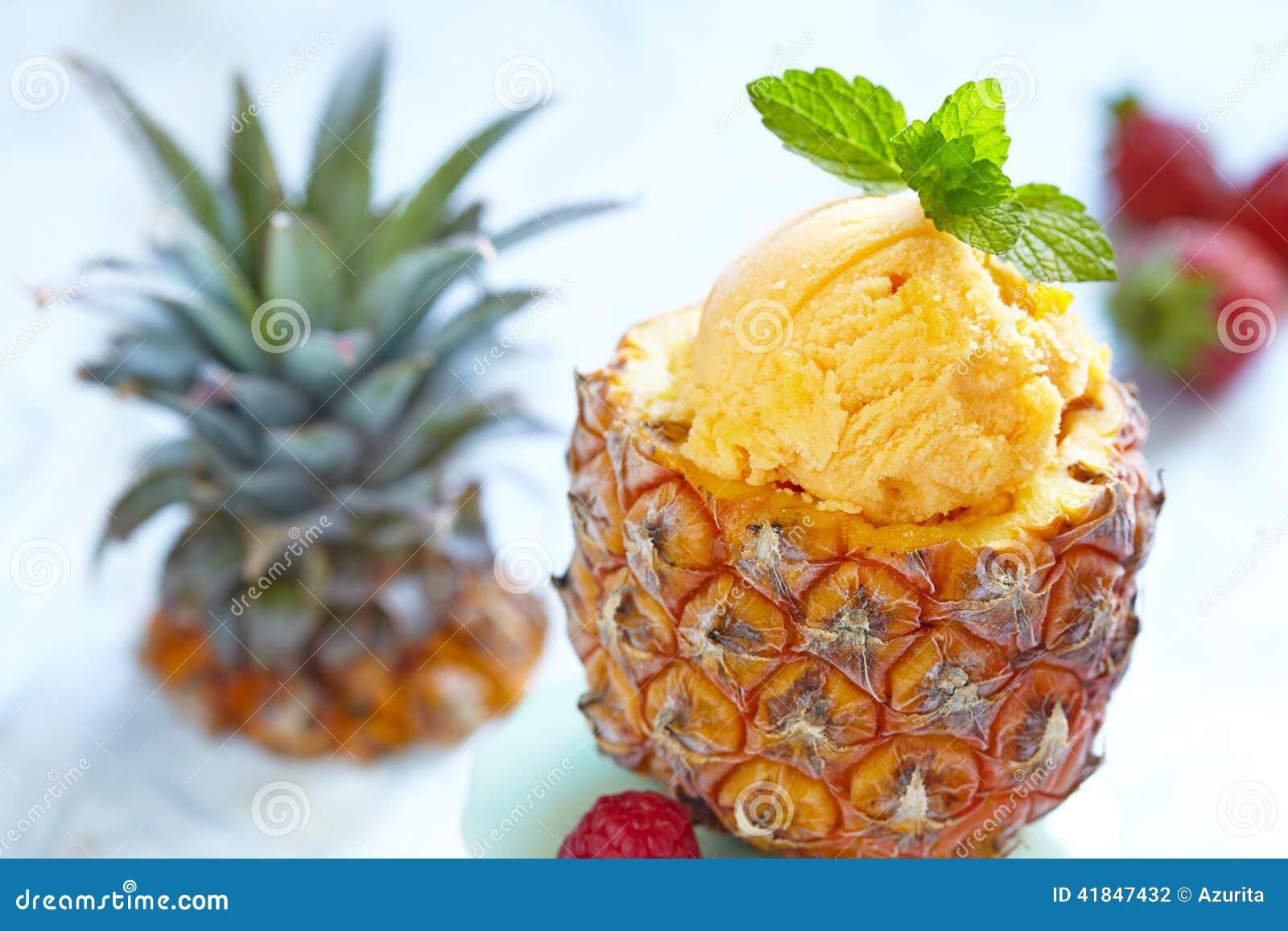 frozen berry ice cream