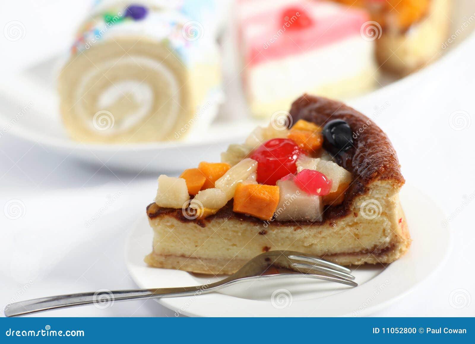how to make fruit sponge cake