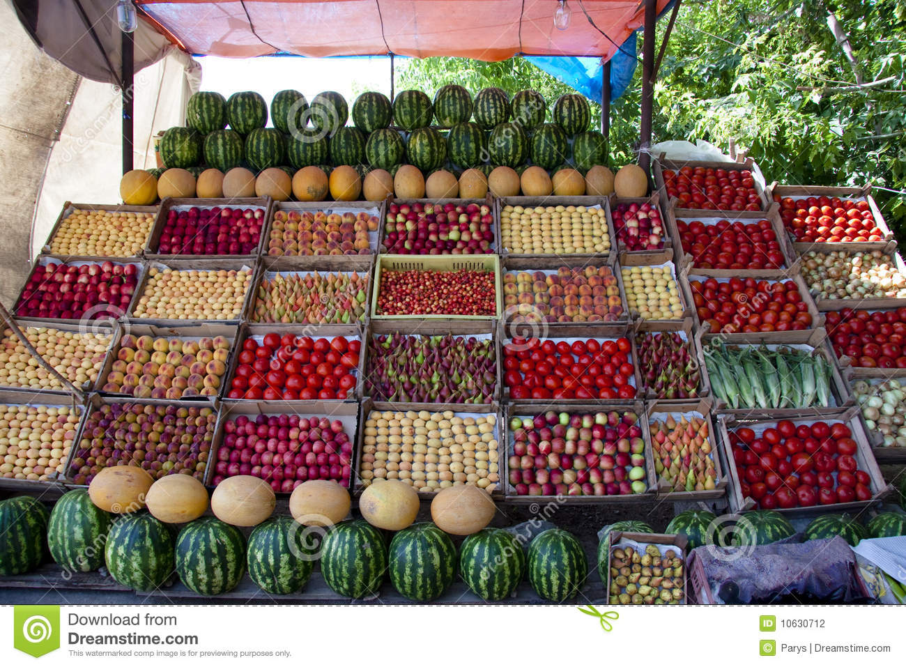 Fruit on the stall