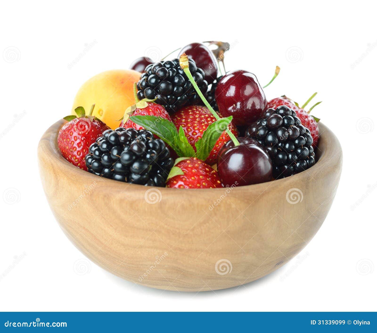 *Concurso*: Alfeix Club: The Black Diamond - Página 2 Fruit-wooden-bowl-various-isolated-white-background-31339099