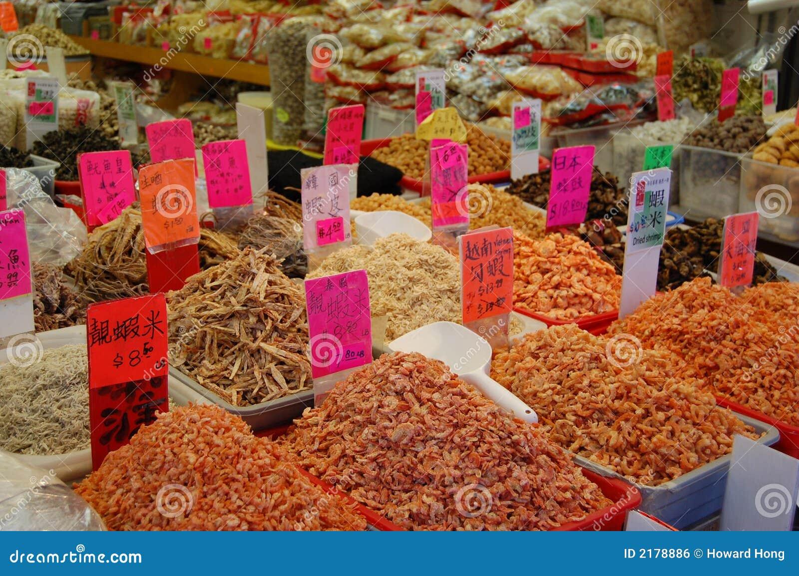 Fruits de mer et étiquettes secs