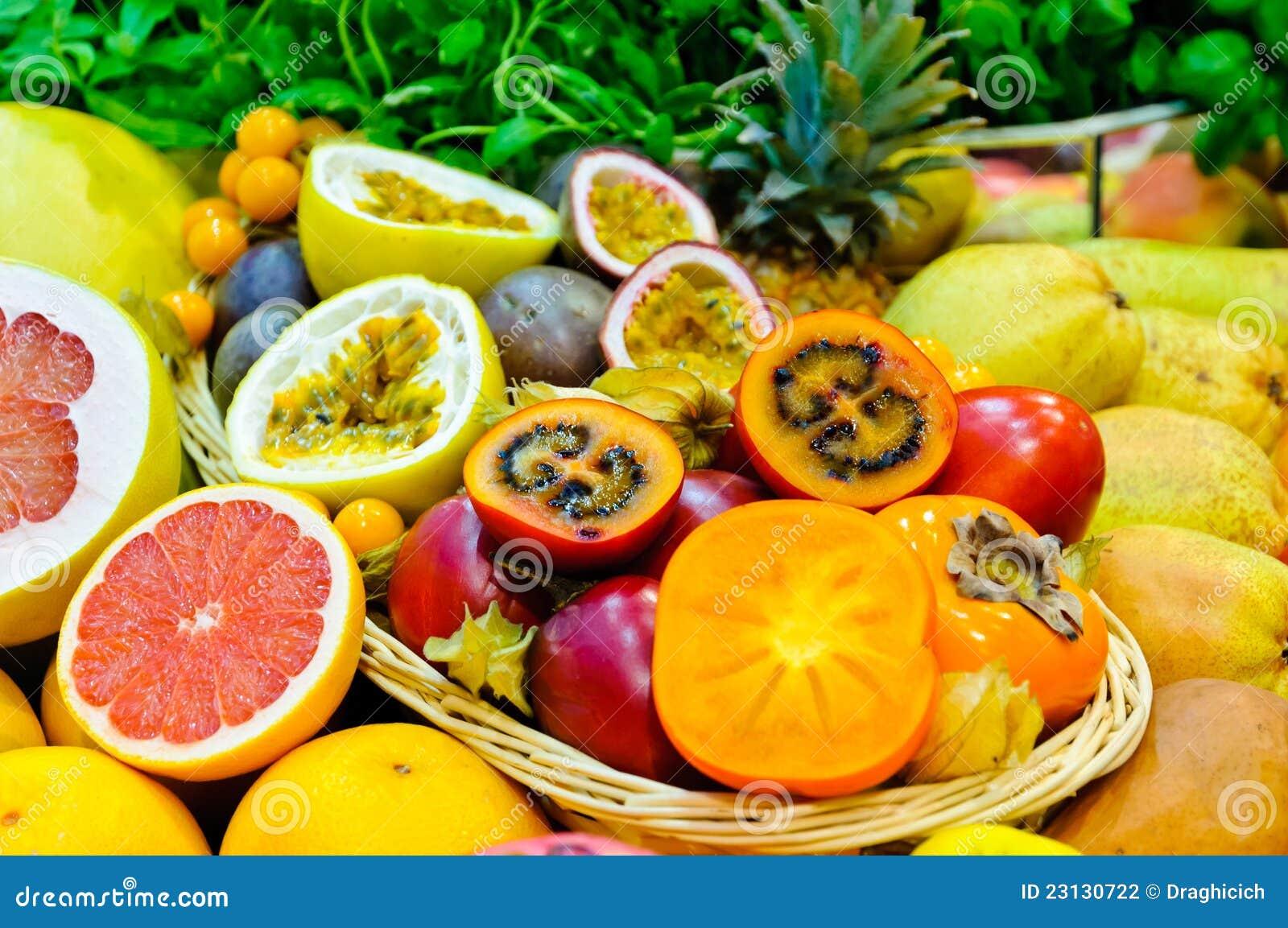 Fruits exotiques photo stock image du tropical - Image fruit exotique ...