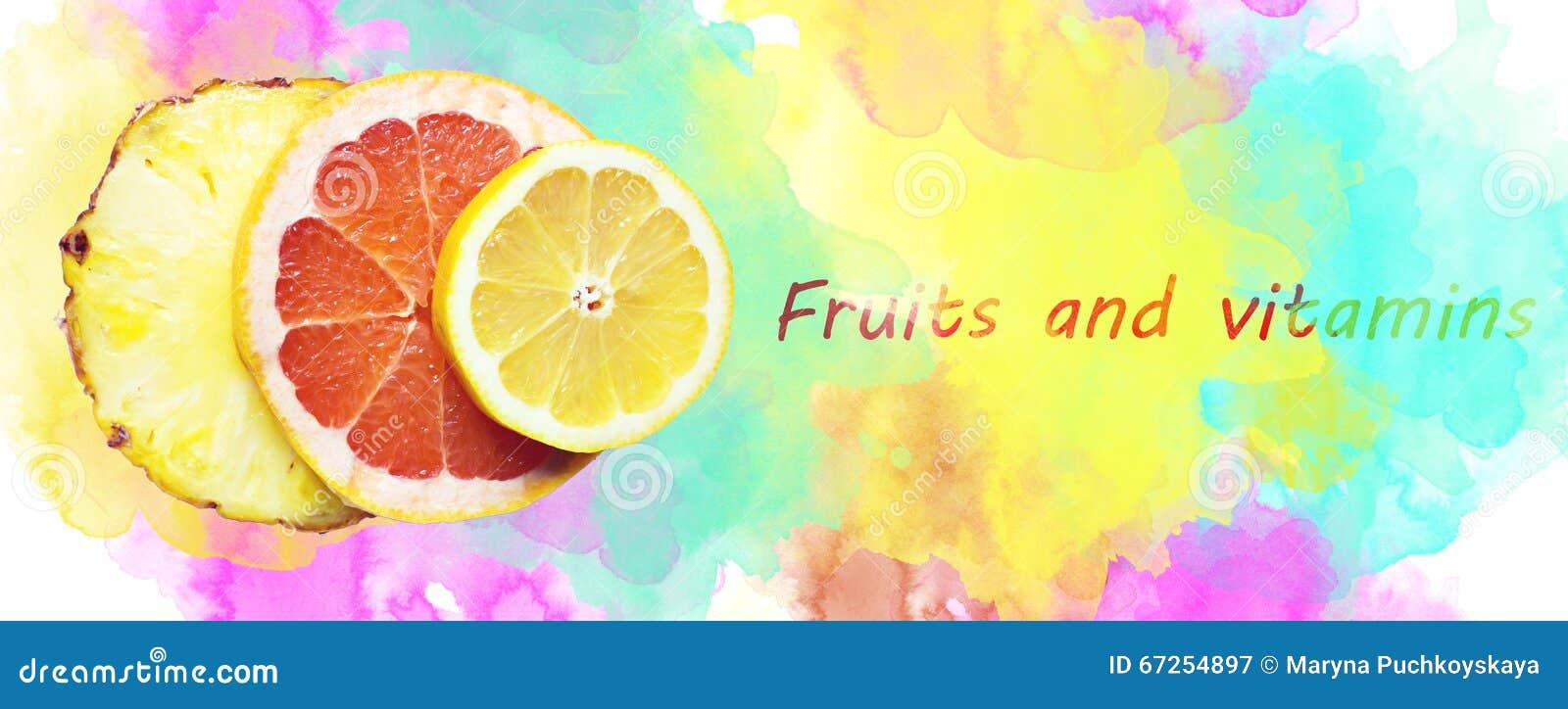 Fruity skład robić z plasterkami cytryna, ananas i gapefruit,
