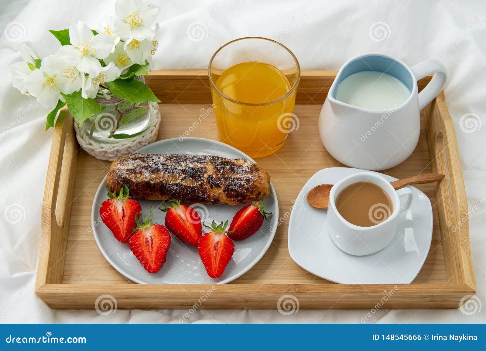 Frukost i s?ng