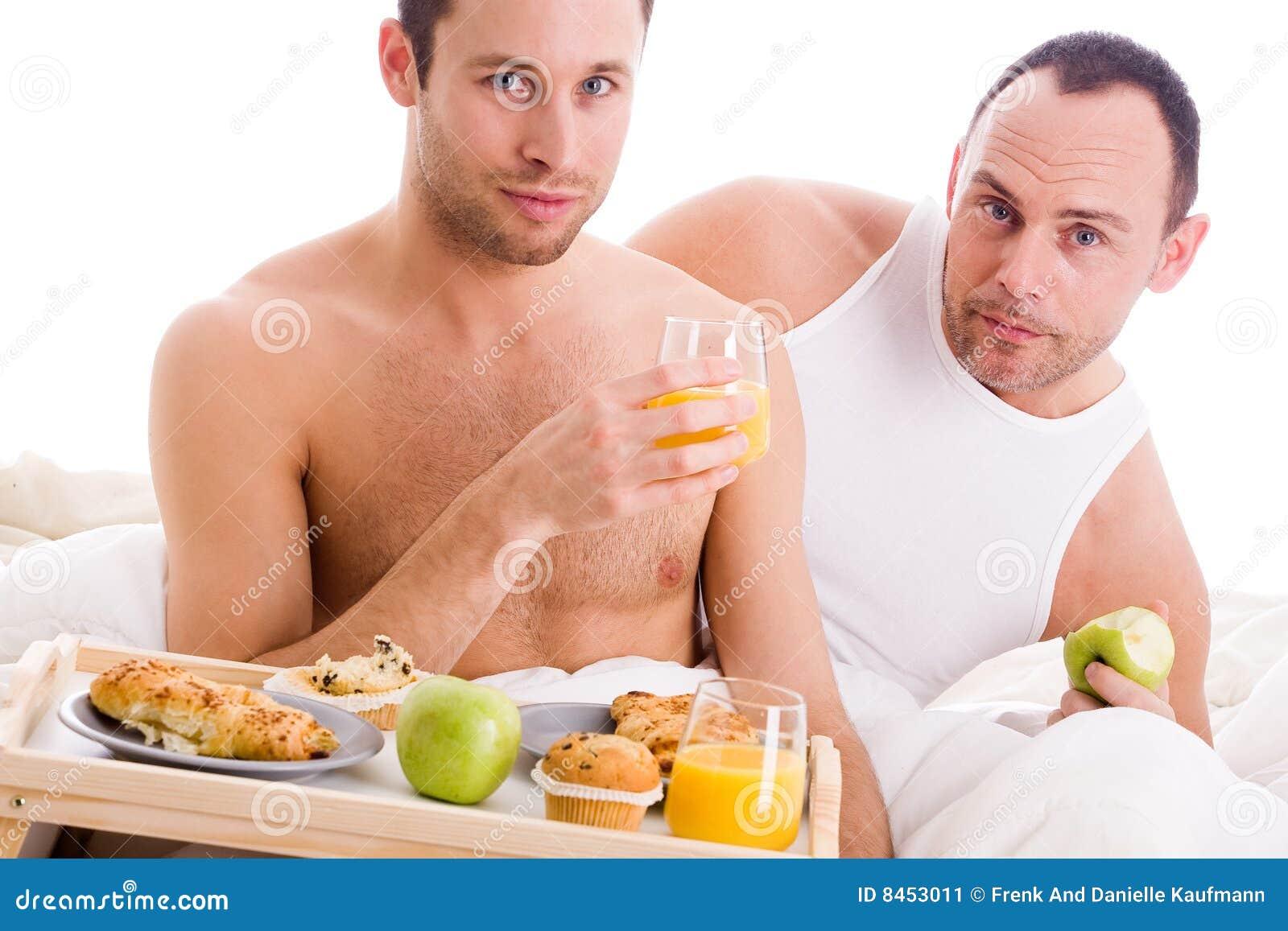Frukostpar tycker om den deras homoen