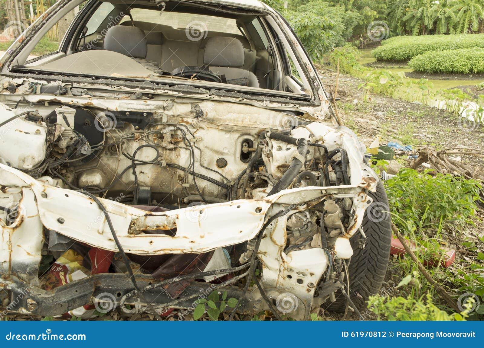 Fruktdryck för bilhaverikraschen dör sammanstötningen drucken skadeknipaförlust