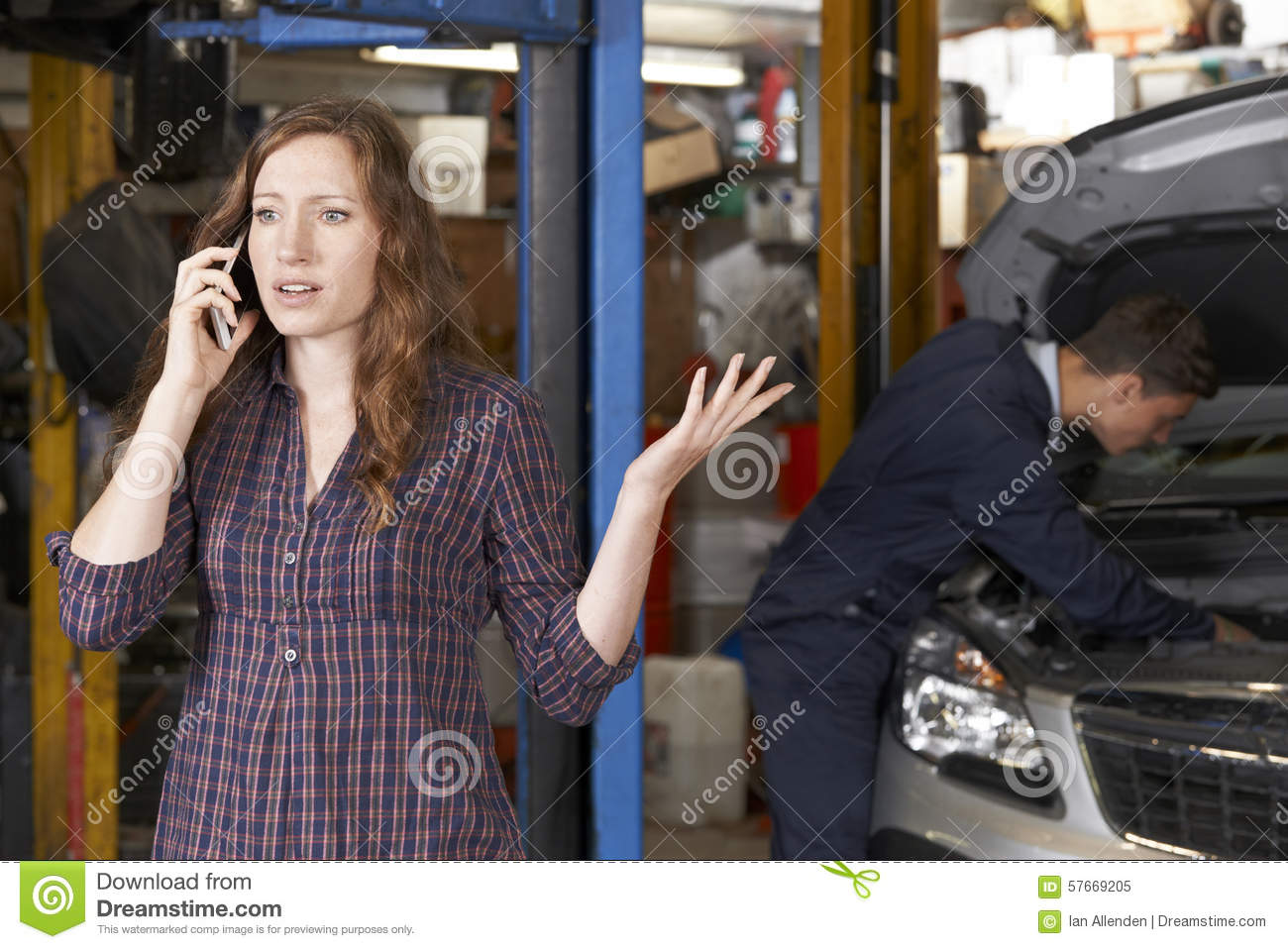 Car Repair Frustration Good Owner Guide Website Agco Automotive Service Baton Rouge La Detailed Auto Frustrated Female Customer On Mobile Phone At Shop Stock Rh Dreamstime Com Bluetooth