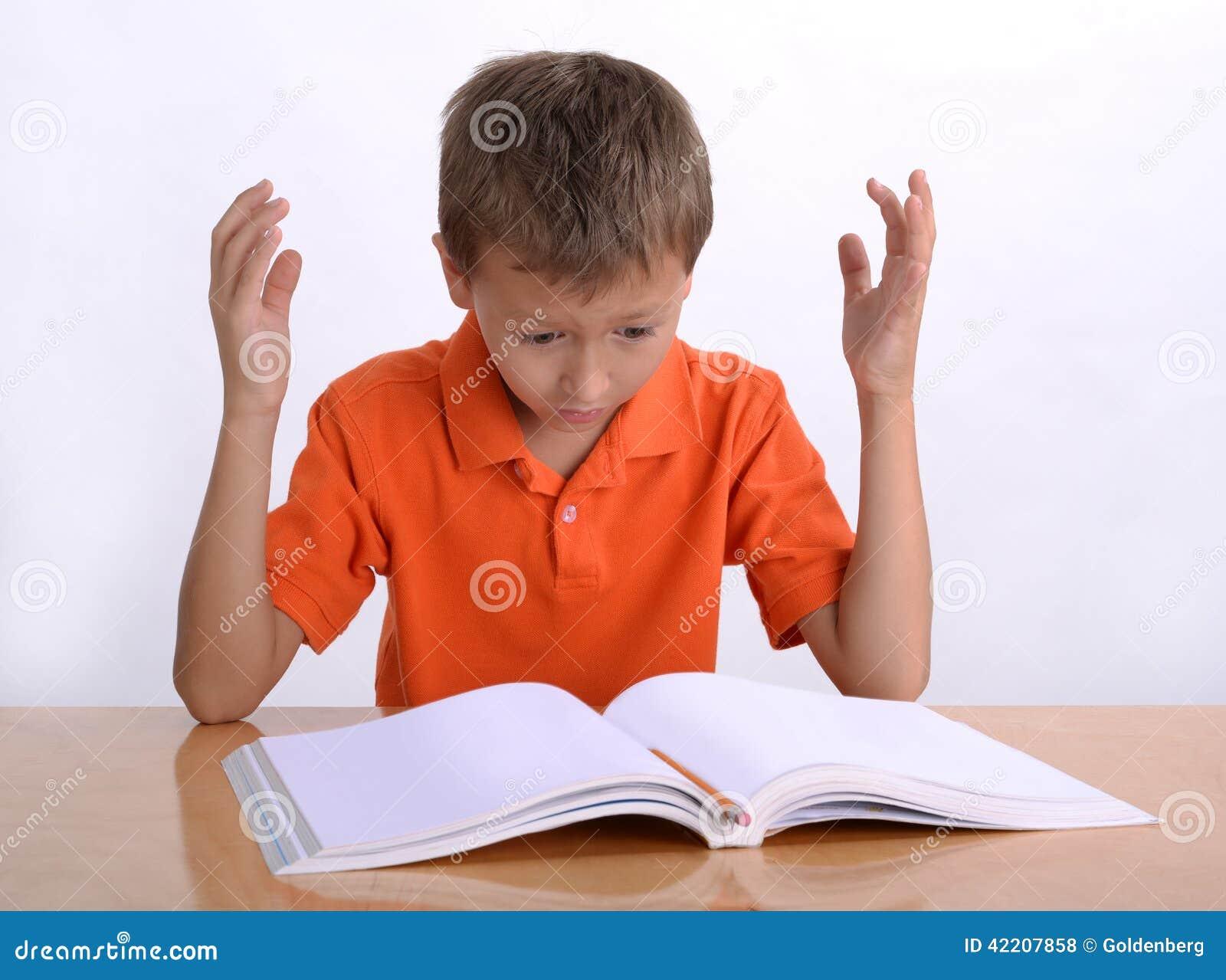 Frustrerat barn med lärande svårigheter