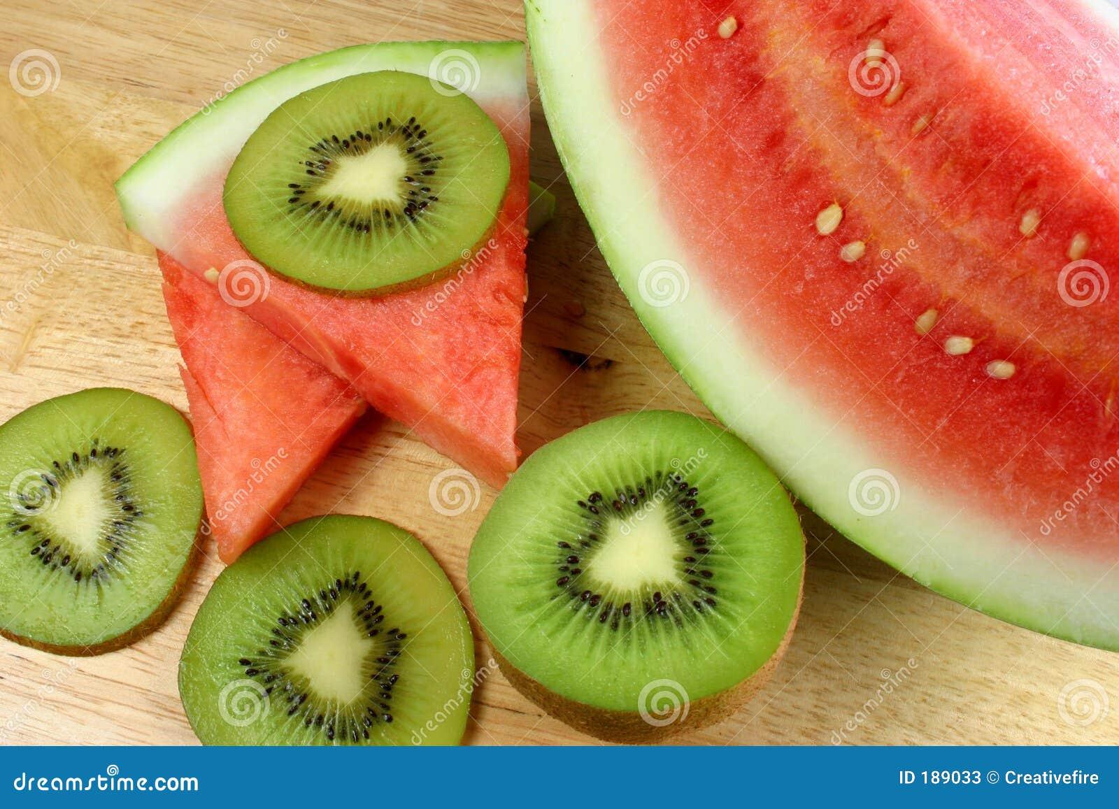 Fruta de kiwi y sandía