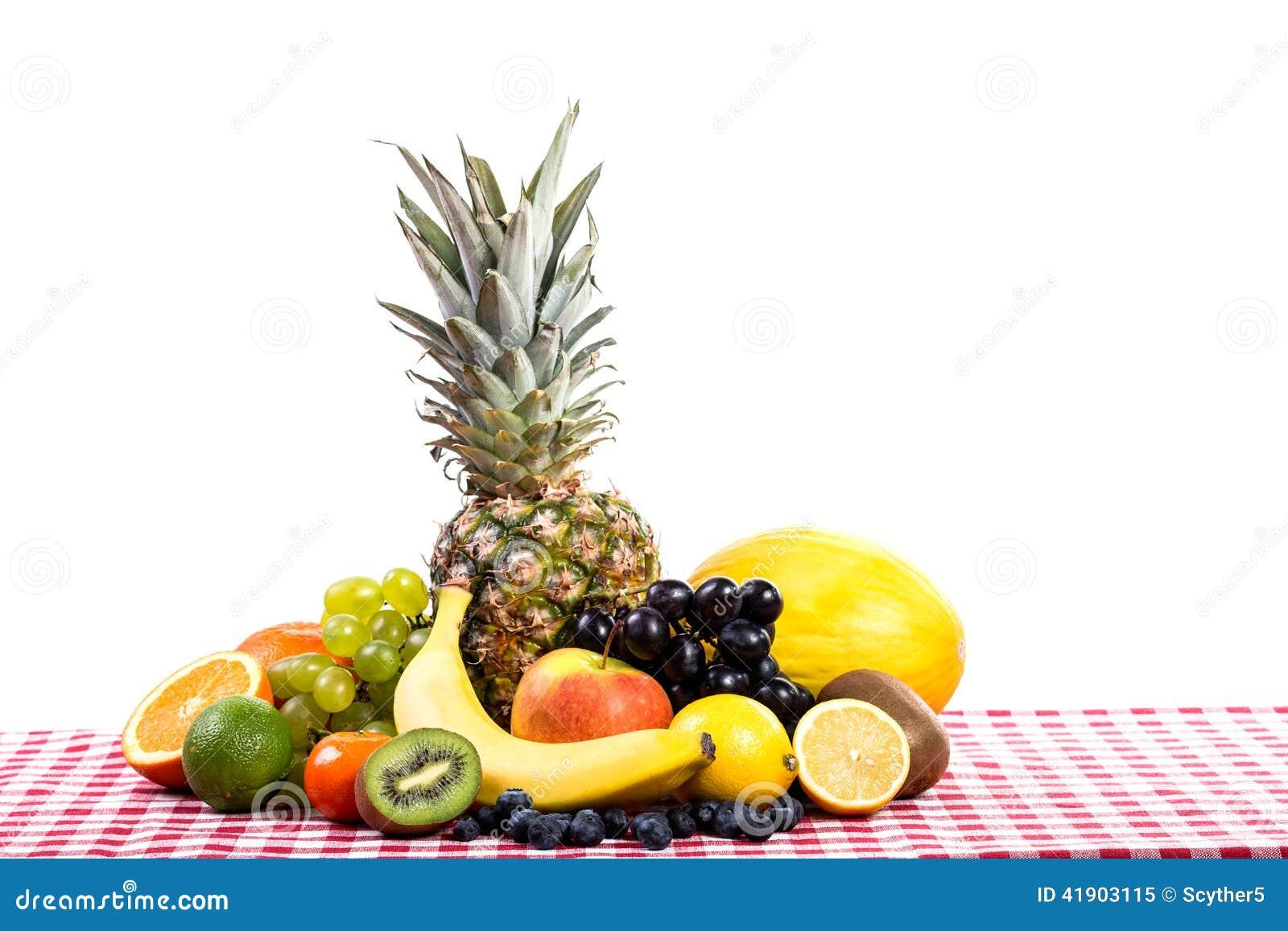 Fruta en la materia textil del mantel
