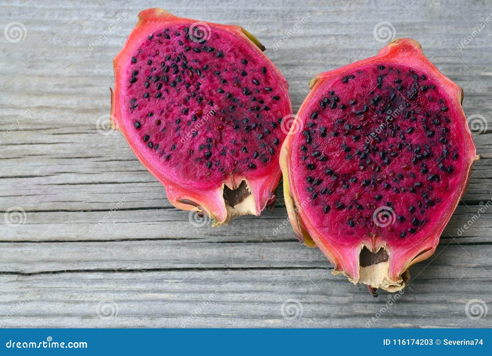 Fruta Rosada Madura Exotica De Pitaya O Del Dragon La Fruta Tropical