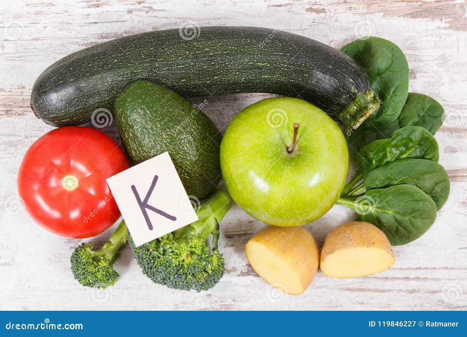 que frutas tienen vitamina k