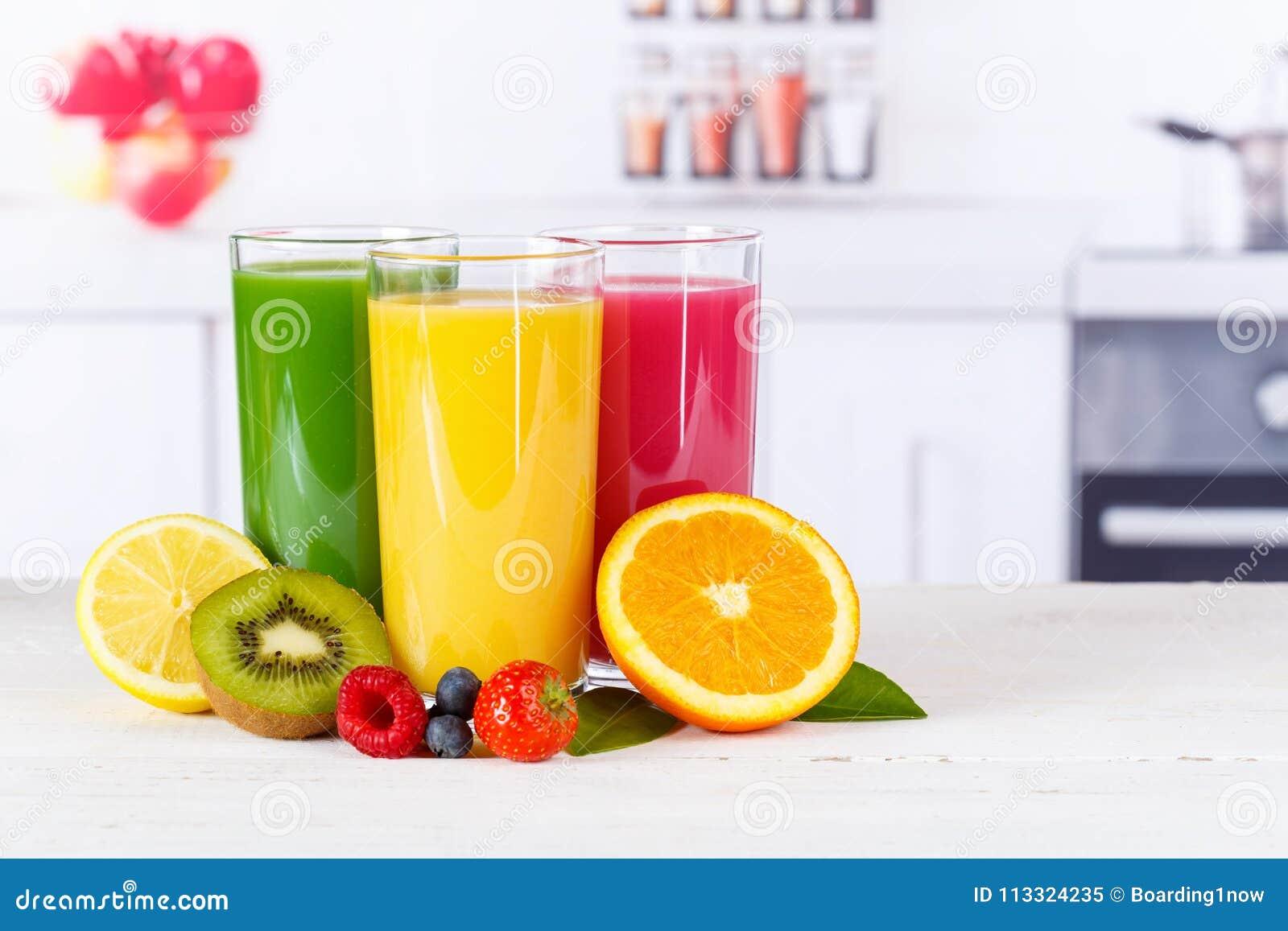Frutos alaranjados do fruto das laranjas dos batidos do batido do suco