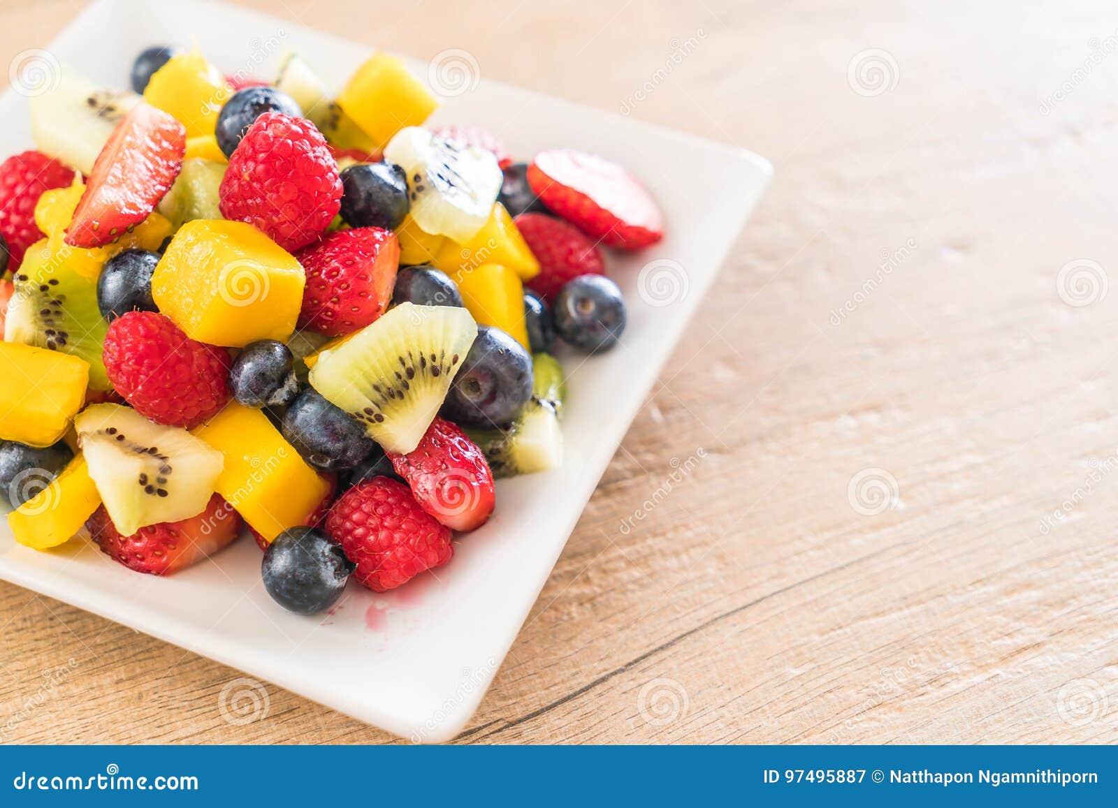 Frutta fresca mista (fragola, lampone, mirtillo, kiwi, mang