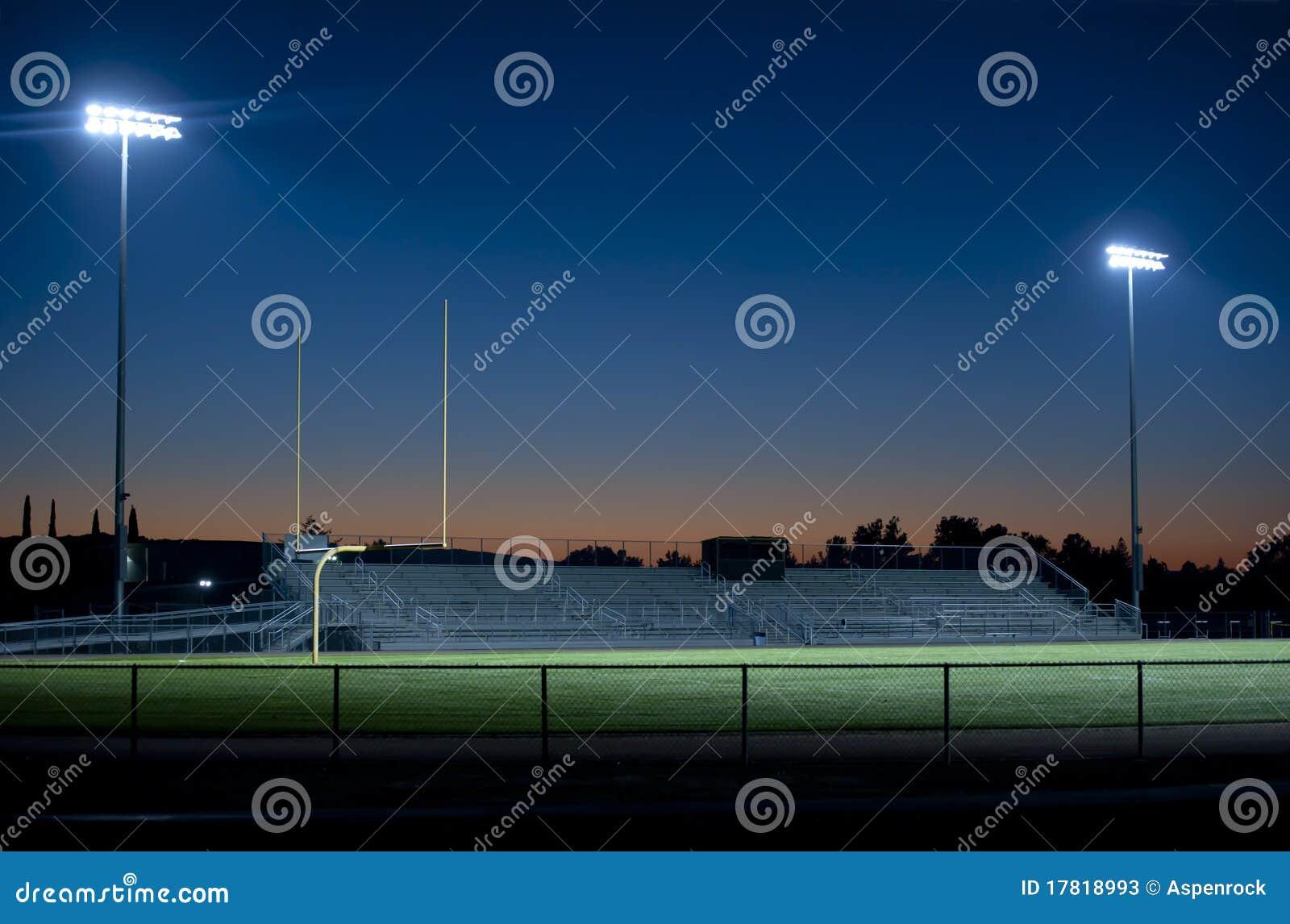 Fussballstadion Nachts Stockbild Bild Von Rasen Nacht