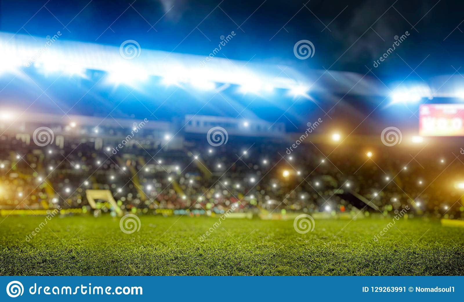 Fussballstadion Tribunen Mit Fans Glanzende Lichter