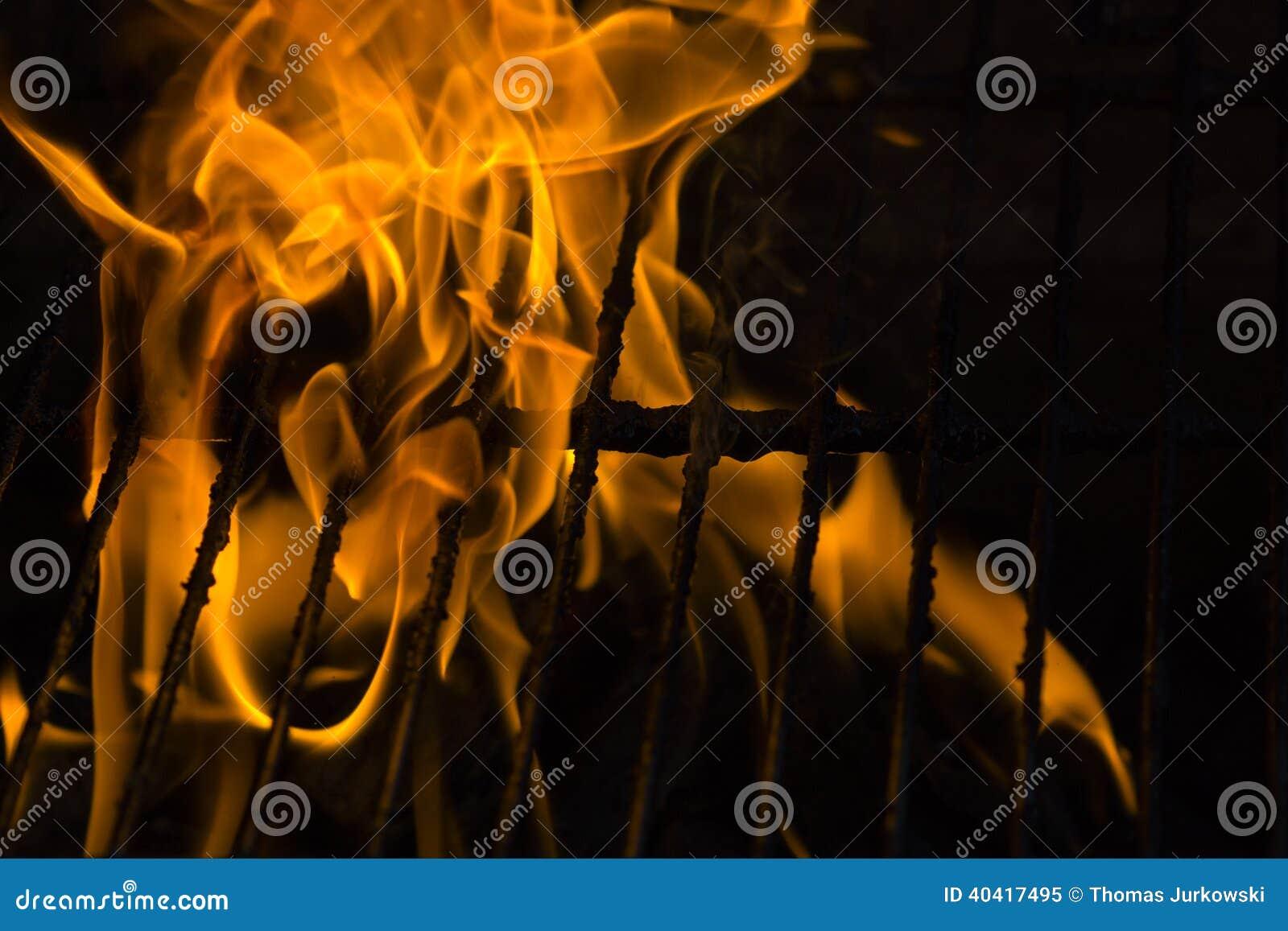 Fuego en parrilla