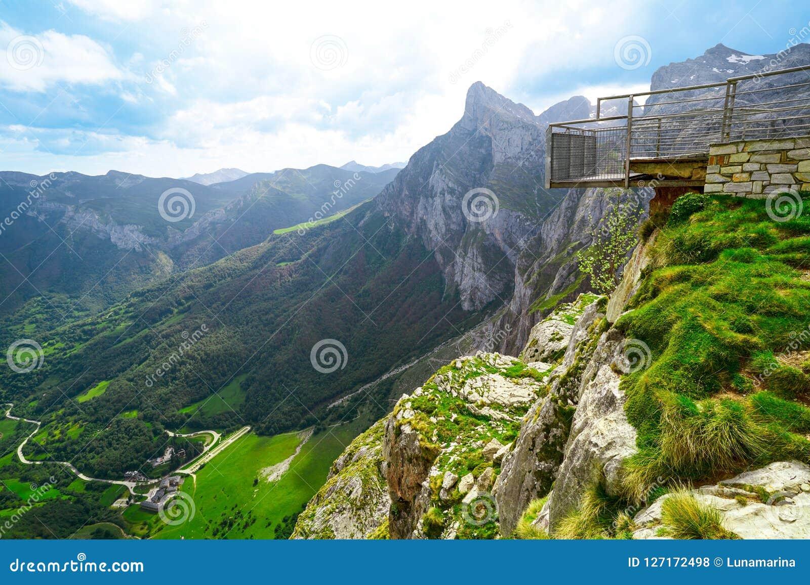 Fuente De mountains in Kantabrien Spanien