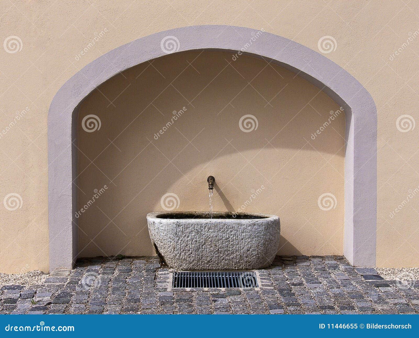 Fuente De Pared De Piedra Imagen De Archivo Imagen De Arte 11446655 - Fuentes-de-piedra-de-pared
