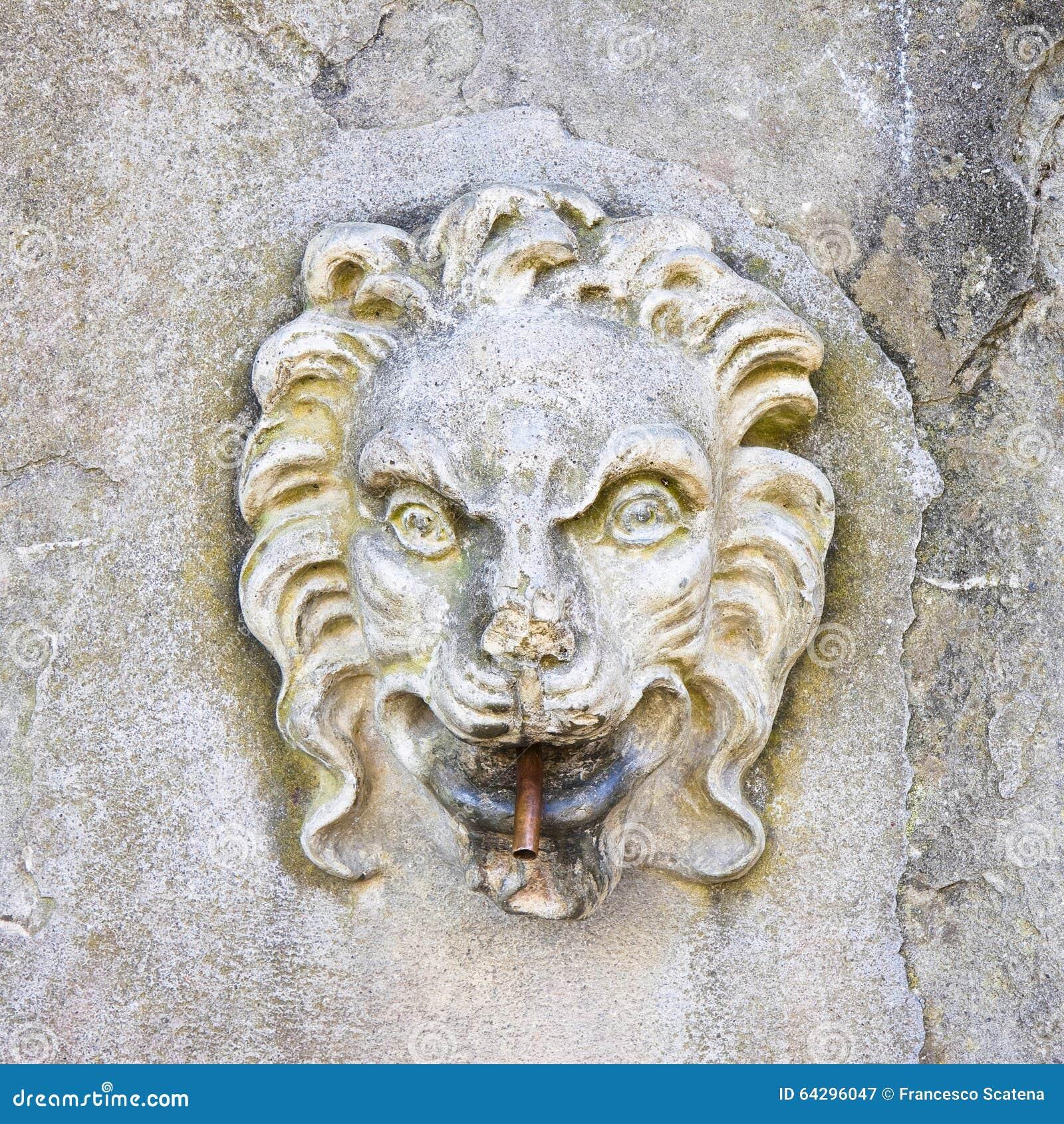 Fuente de piedra italiana antigua imagen de archivo imagen 64296047 Fuentes de piedra antiguas