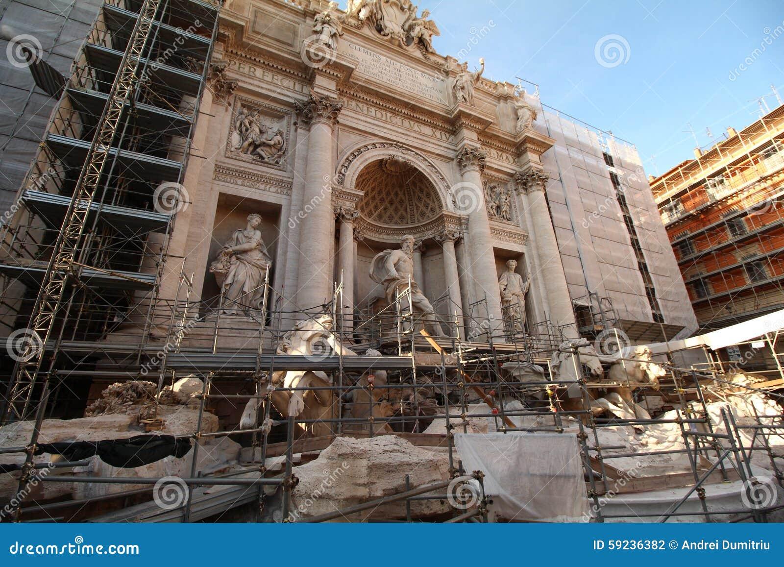 Download Fuente Del Trevi Bajo Construcción Foto de archivo - Imagen de año, encima: 59236382