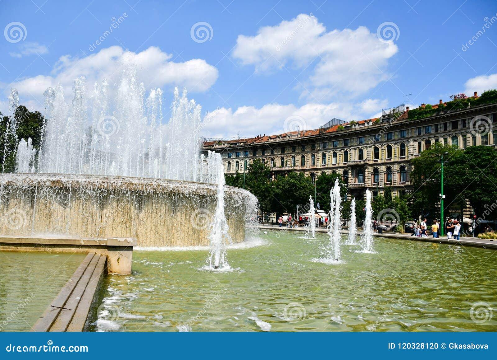 Fuente en Milán, Italia