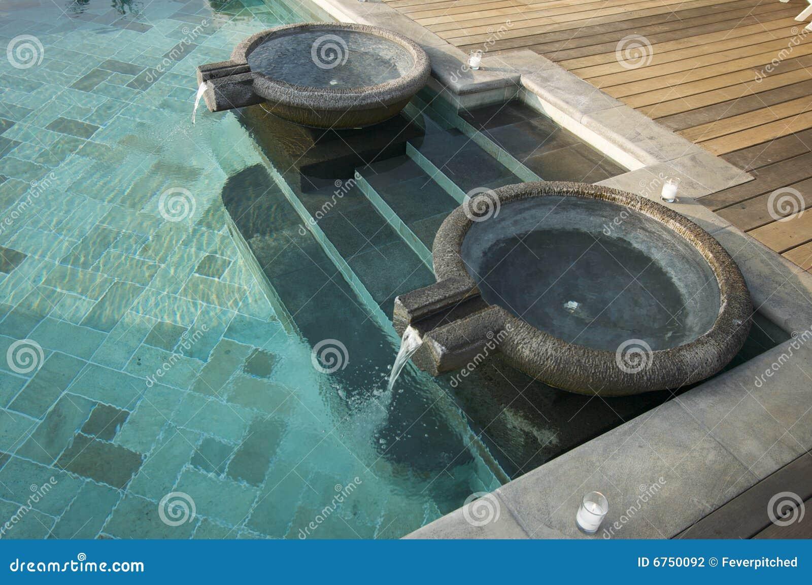 Fuentes ex ticas de la piscina - Fuentes para piscinas ...
