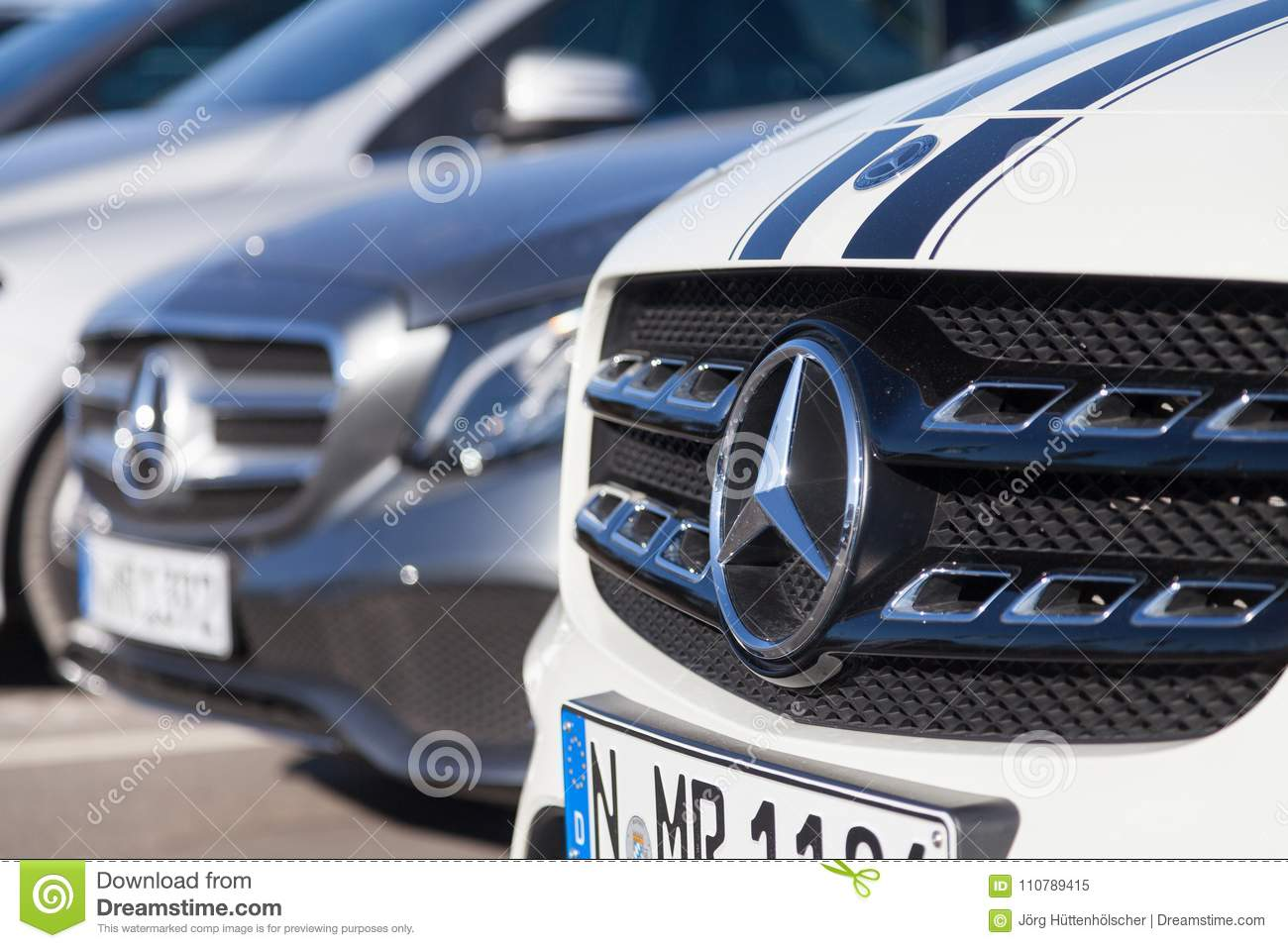 Mercedes benz symbol on a car editorial image image of benz mercedes benz symbol on a car luxury auto biocorpaavc Image collections
