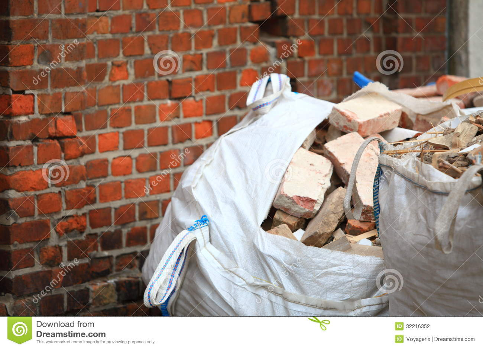 how to make rubble debris pile maya