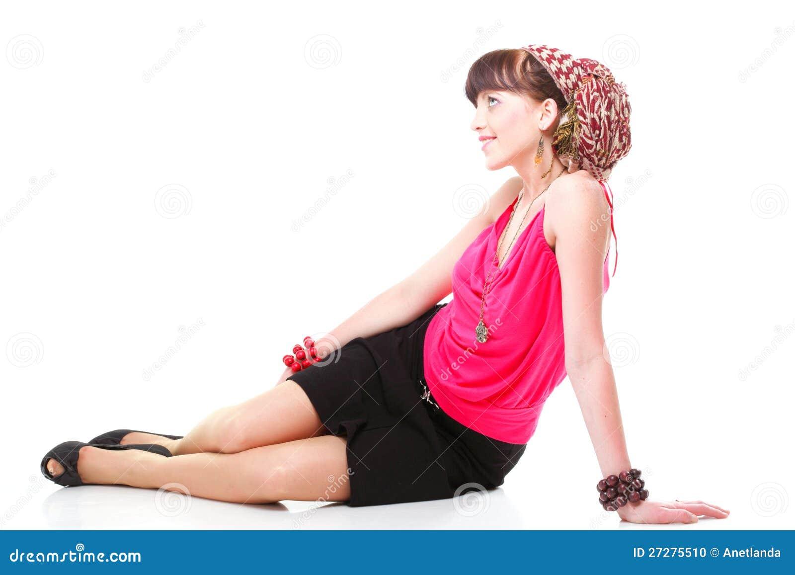 Full längdkvinna i en turban