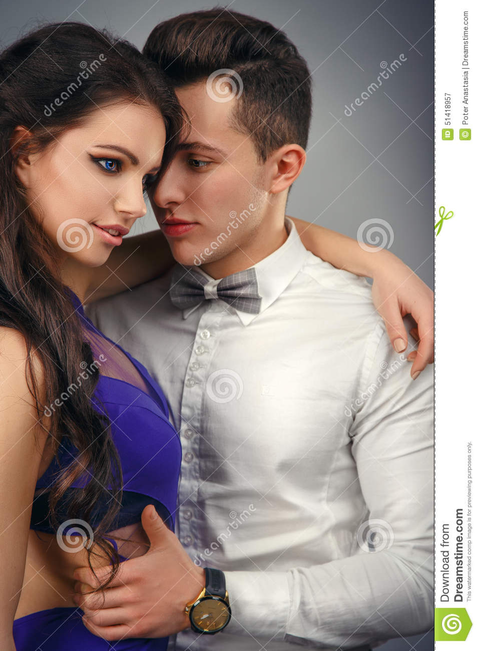 Full length portrait of a young fashionable couple.beautiful couple