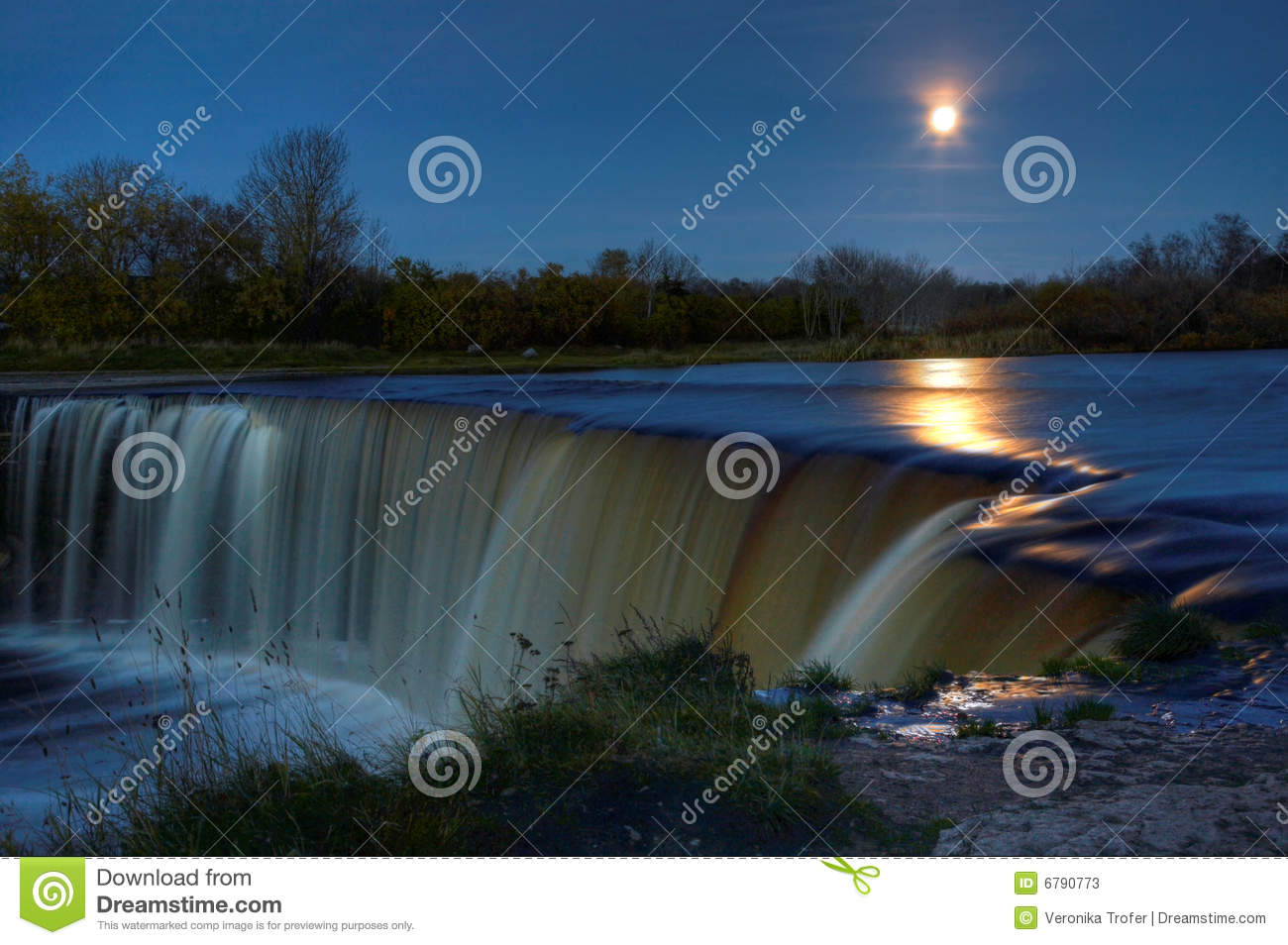 Full moon over waterfall stock photos image 6790773
