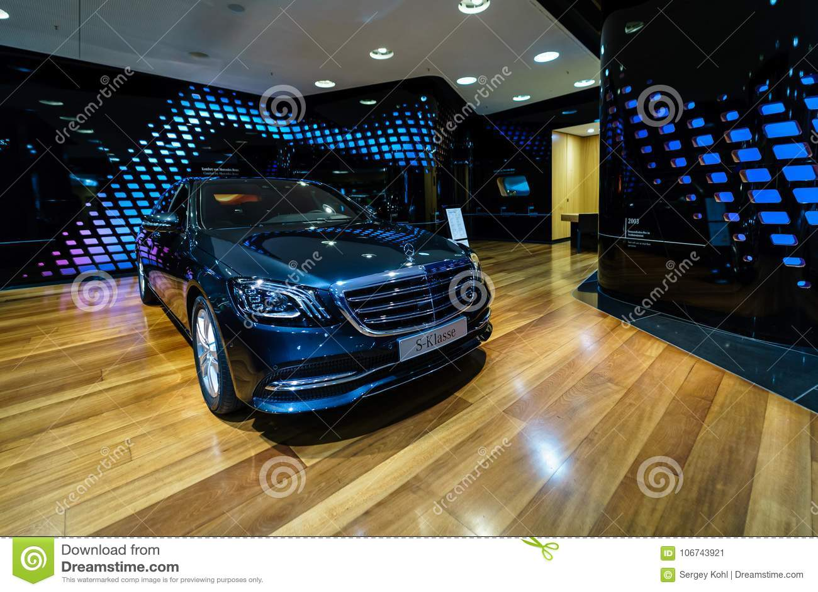 full-size luxury car mercedes-benz s-class s350d w222 facelift
