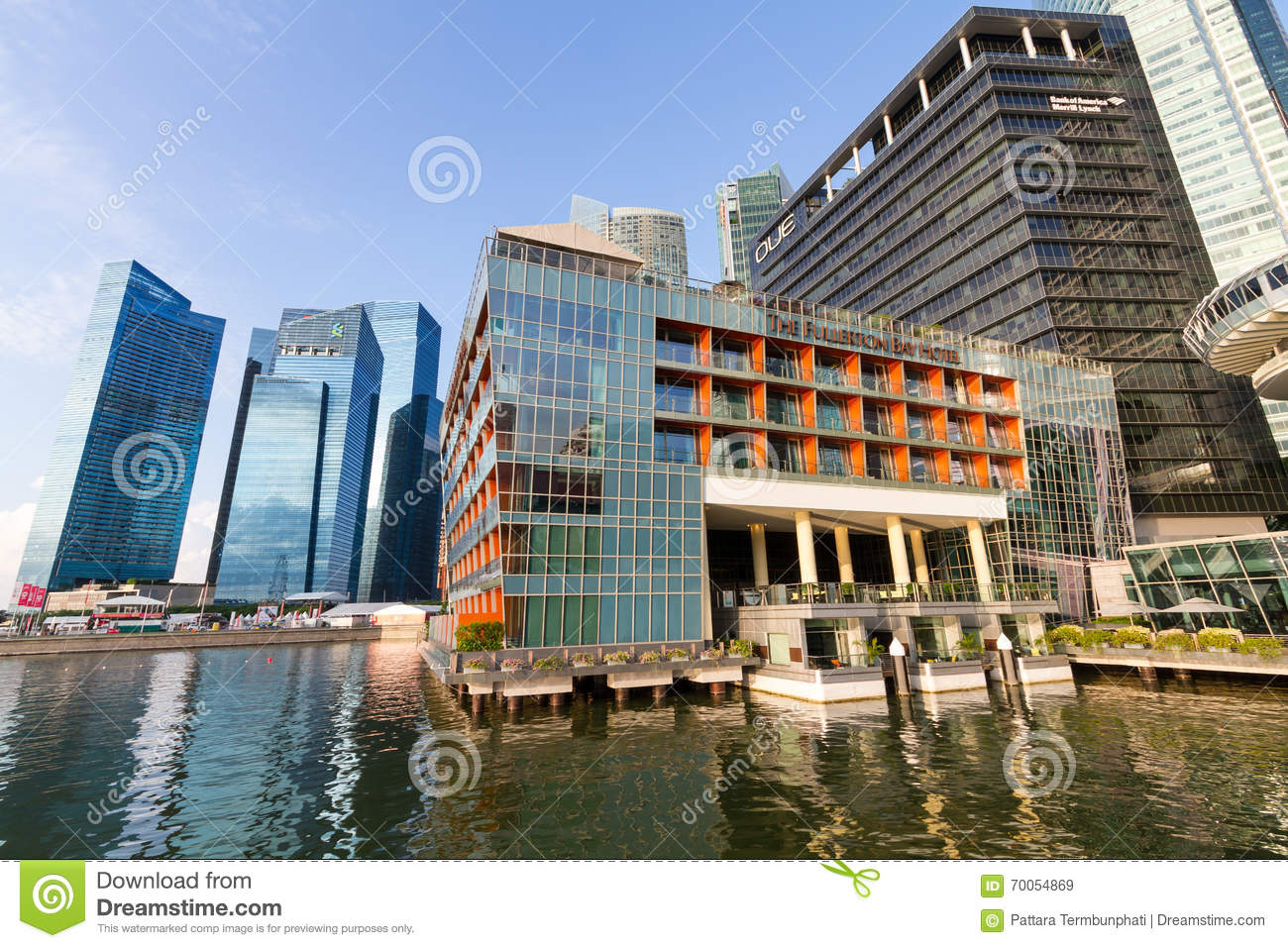 Fullerton bay hotel editorial stock image image of for Luxury hotel guide