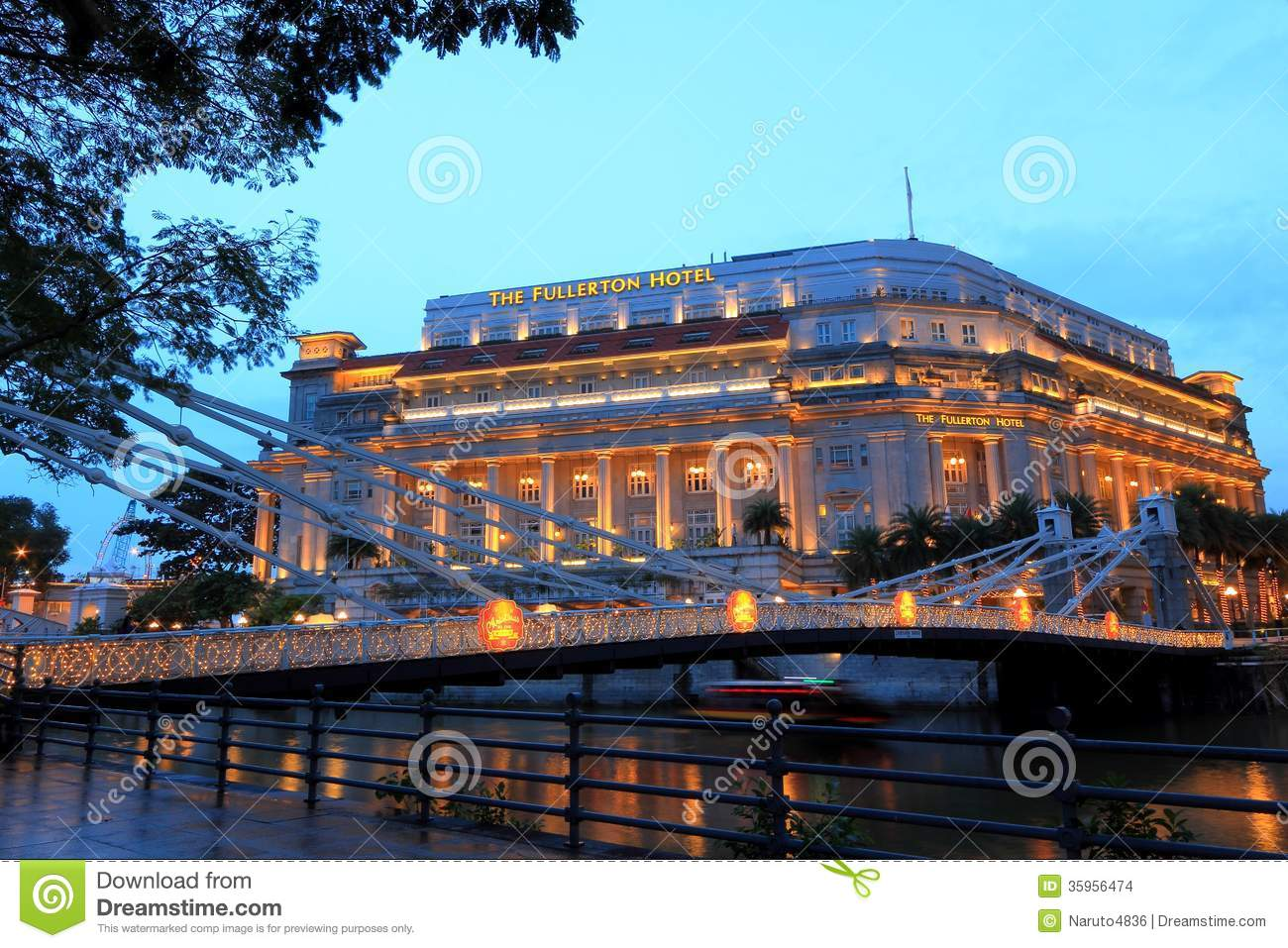 The fullerton hotel in the evening singapore editorial for Singapore five star hotel