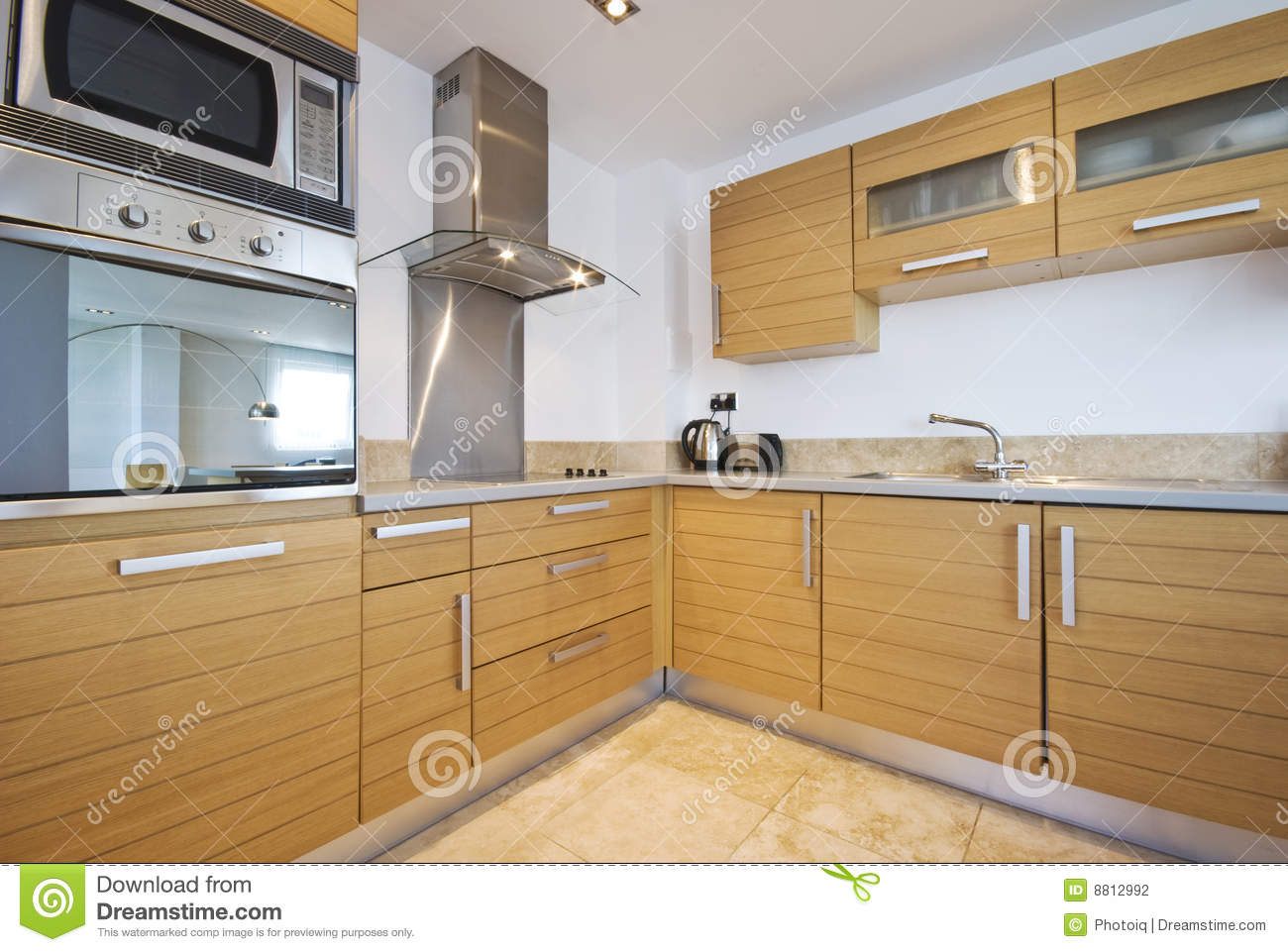 Luxury modern fitted kitchen with stainless steel royalty for Contemporary fitted kitchens