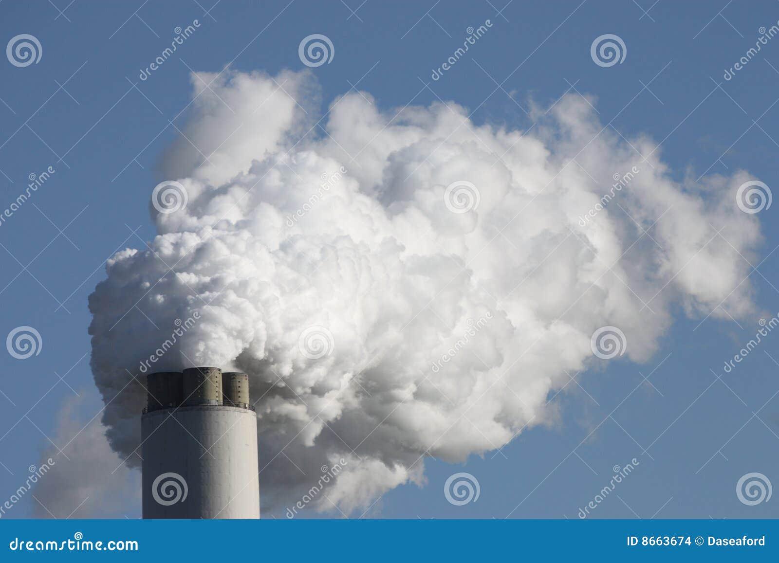 Fumée de cheminée.
