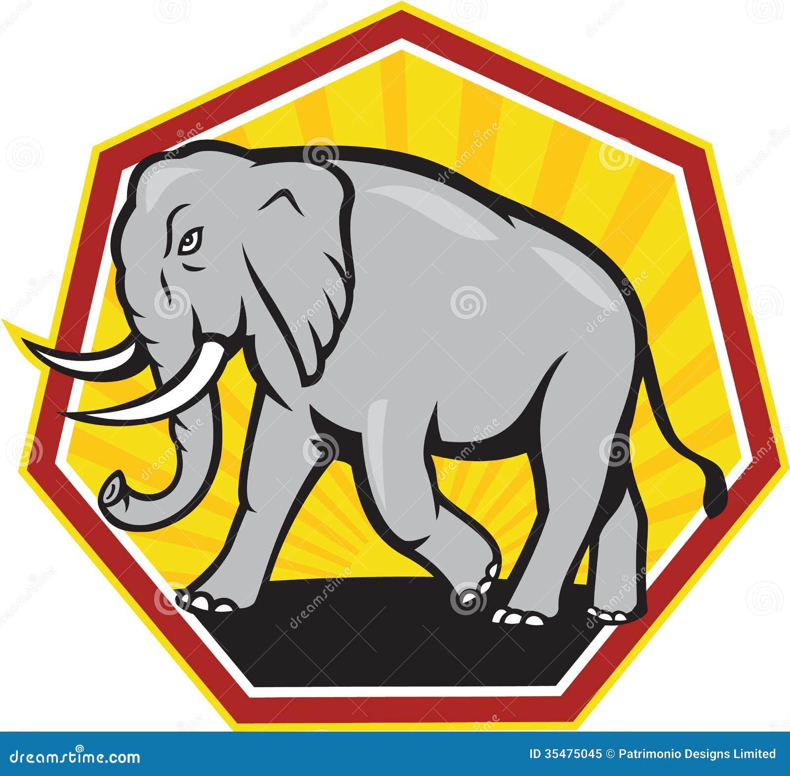 Fumetto di camminata dell elefante arrabbiato
