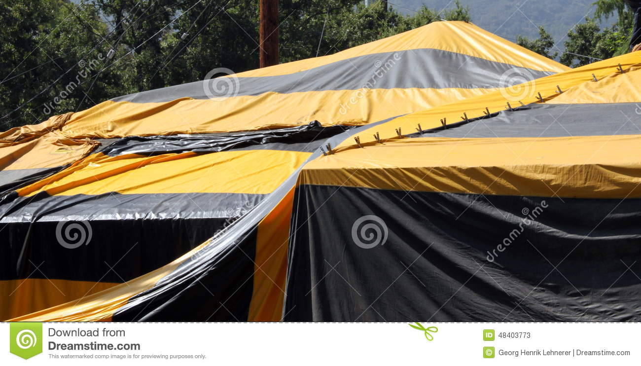 Fumigation tent stock image image of dwelling fumigation for Tent over house