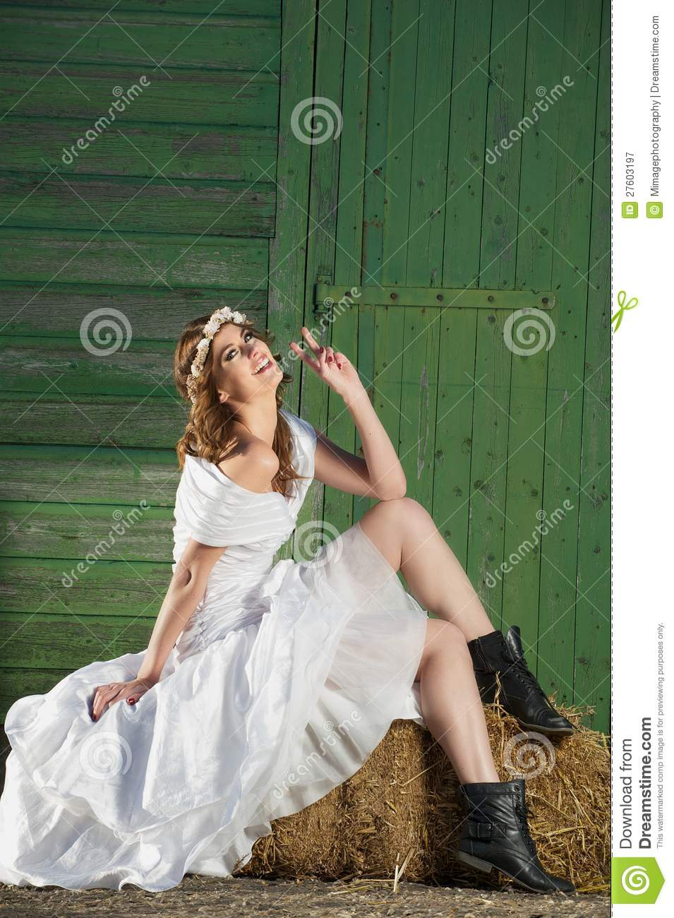 Fun and Friendly Fashion Bride