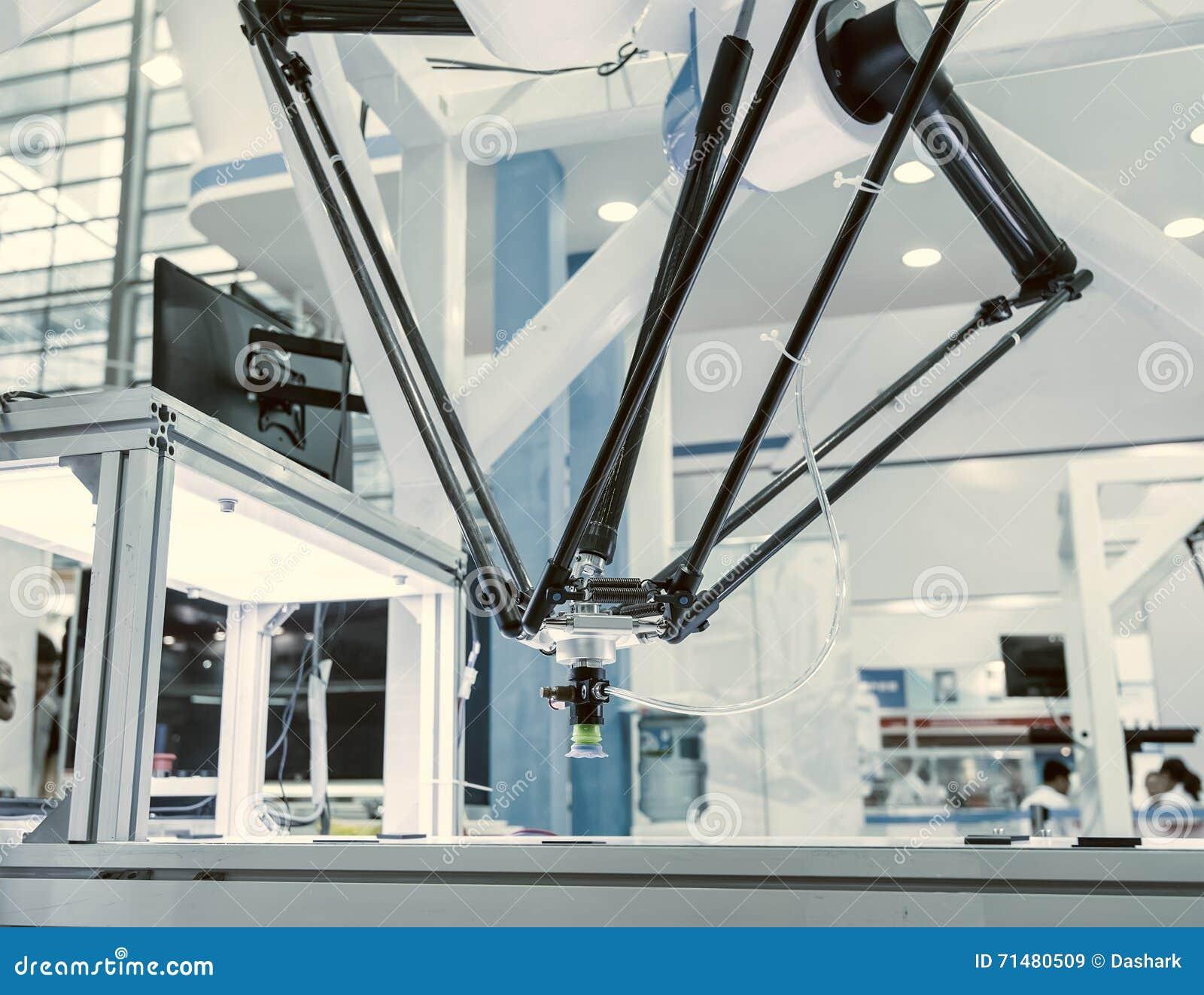 Funcionamiento del robot industrial, transportador Controler de seguimiento