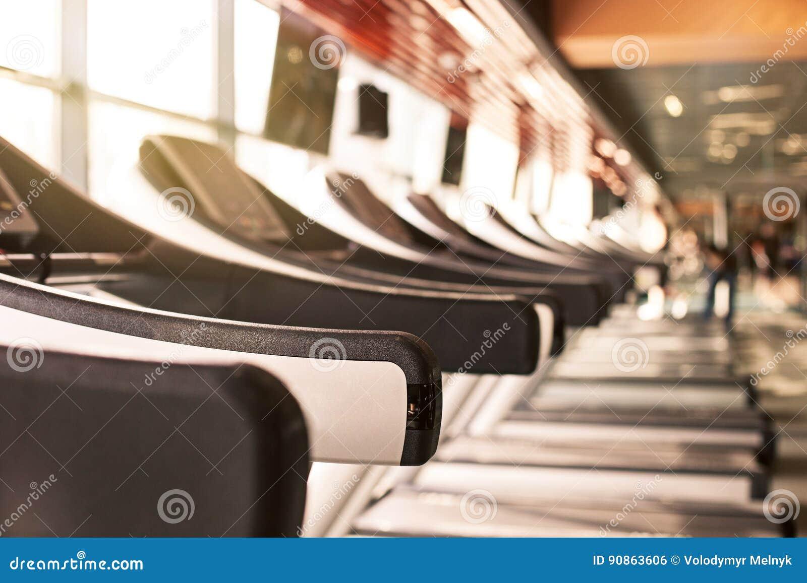 Fundo abstrato do gym da aptidão do borrão