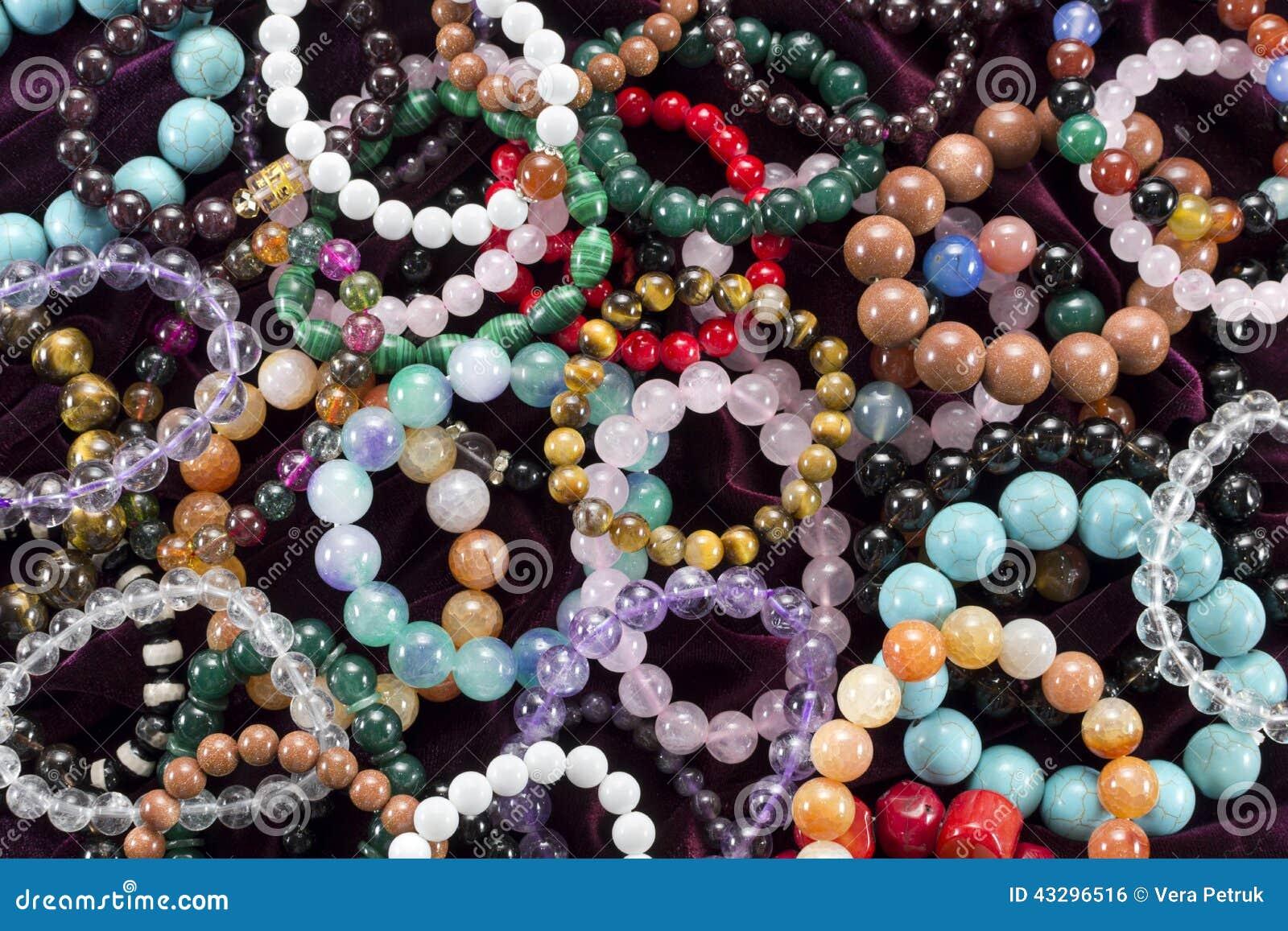 Fundo com braceletes