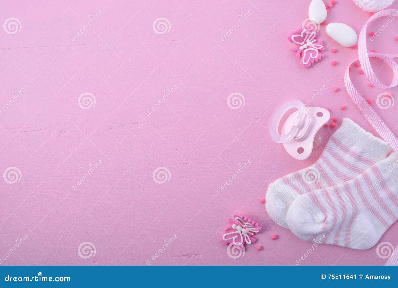 Fundo cor-de-rosa do berçário da festa do bebê