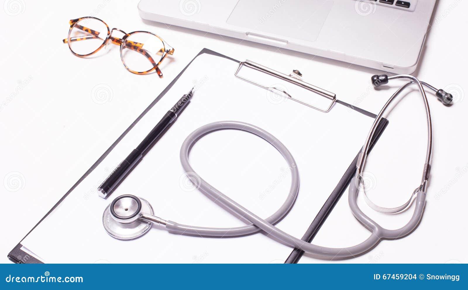 Fundo de madeira da mesa do doutor, conceito médico horizontal