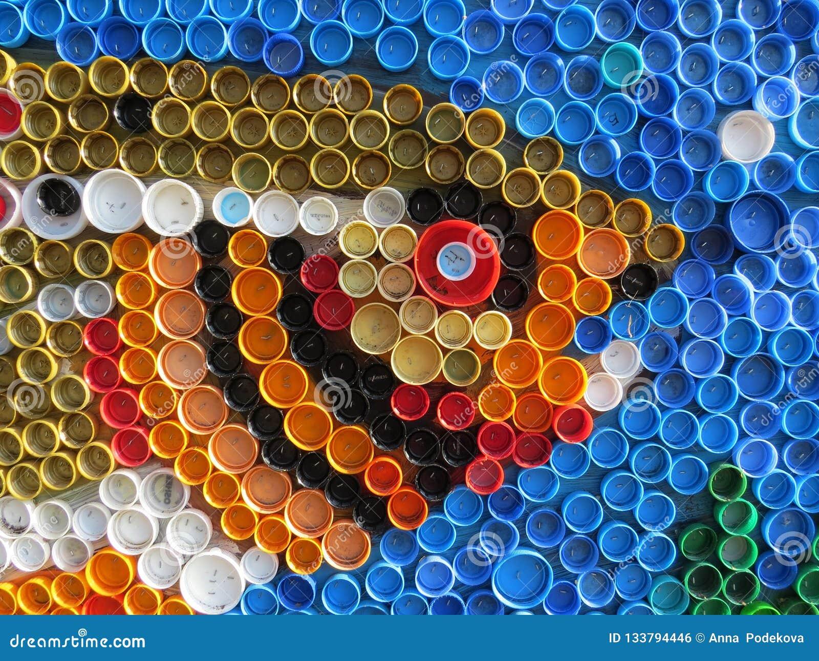 Fundo de tampões de garrafa coloridos plásticos Contaminação com desperdício plástico Ambiente e equilíbrio ecológico Arte da suc